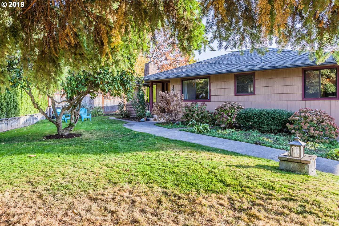 $500,000 - 3Br/2Ba - for Sale in Portland