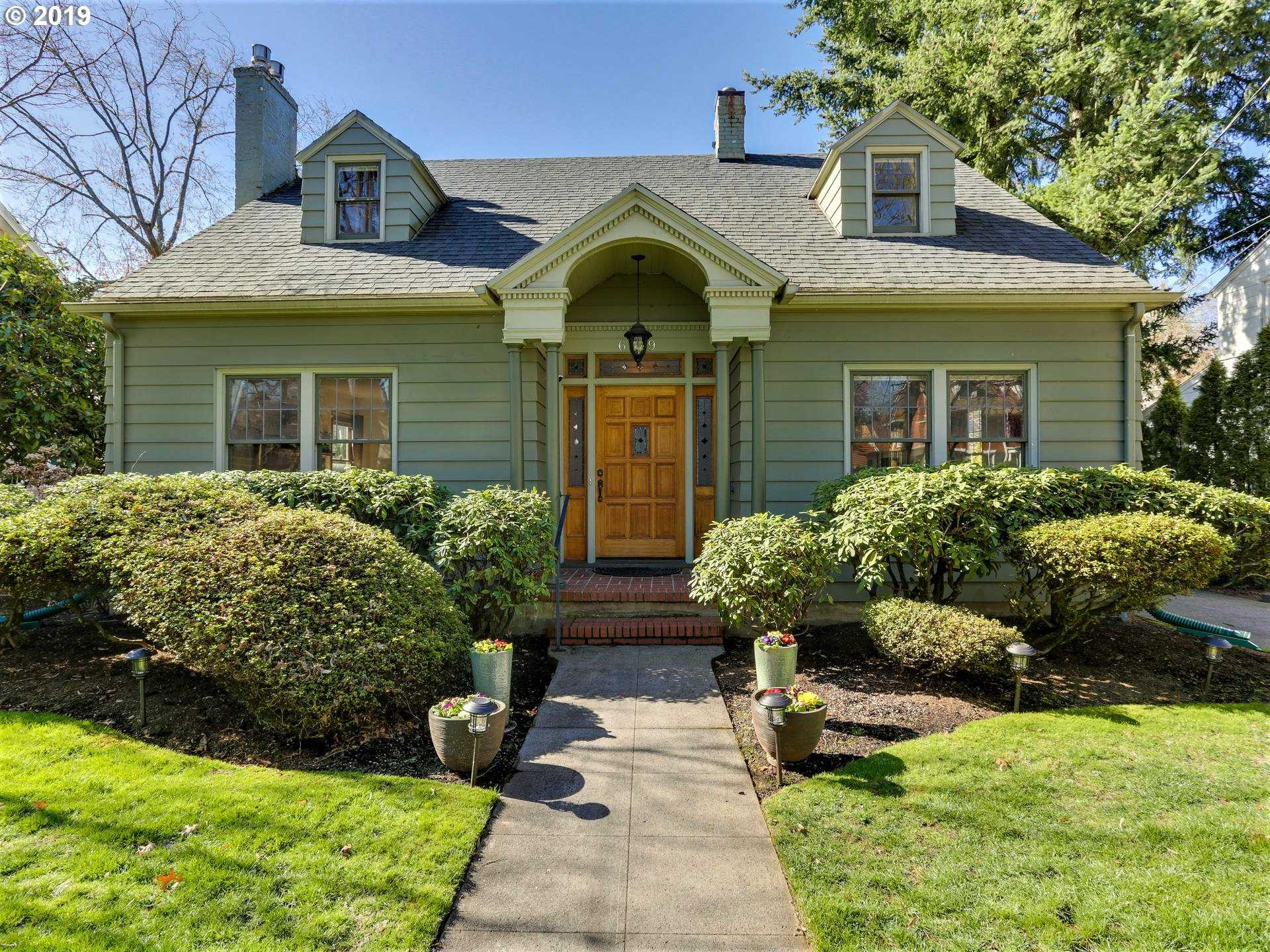 $774,000 - 3Br/3Ba -  for Sale in Eastmoreland, Portland