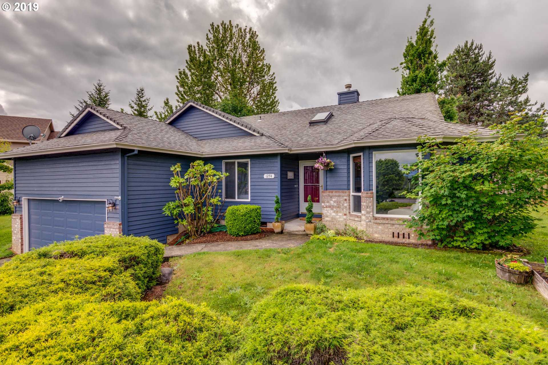 $339,000 - 3Br/2Ba -  for Sale in Troutdale