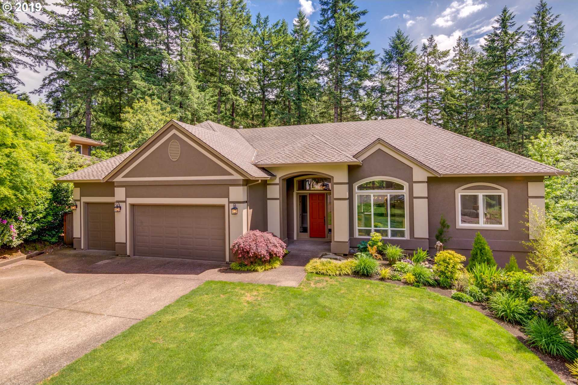 $857,000 - 4Br/3Ba -  for Sale in Victoria Woods, Tualatin