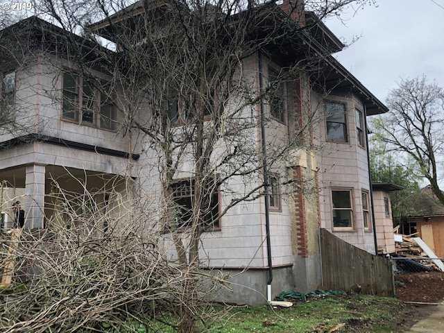 $499,000 - 5Br/3Ba -  for Sale in Humboldt, Portland