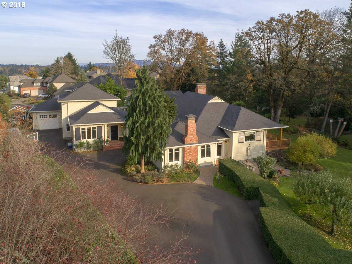 $1,650,000 - 4Br/5Ba -  for Sale in Waverly Heights, Milwaukie