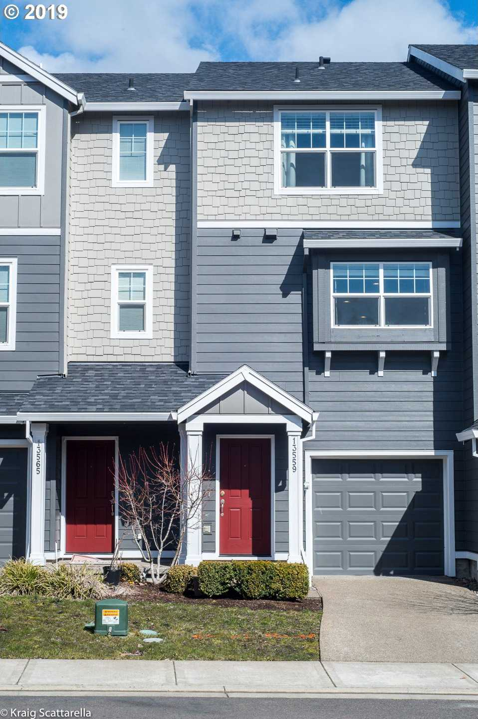 $299,900 - 2Br/3Ba -  for Sale in Village At Summer Creek, Tigard