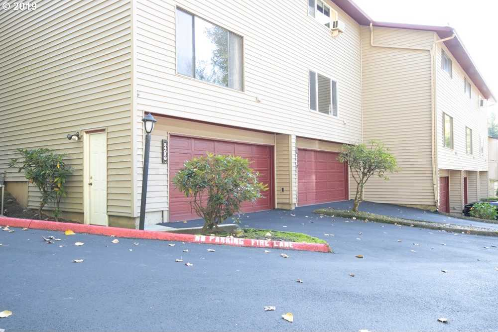 $222,500 - 2Br/3Ba -  for Sale in Wood Village Area, Troutdale