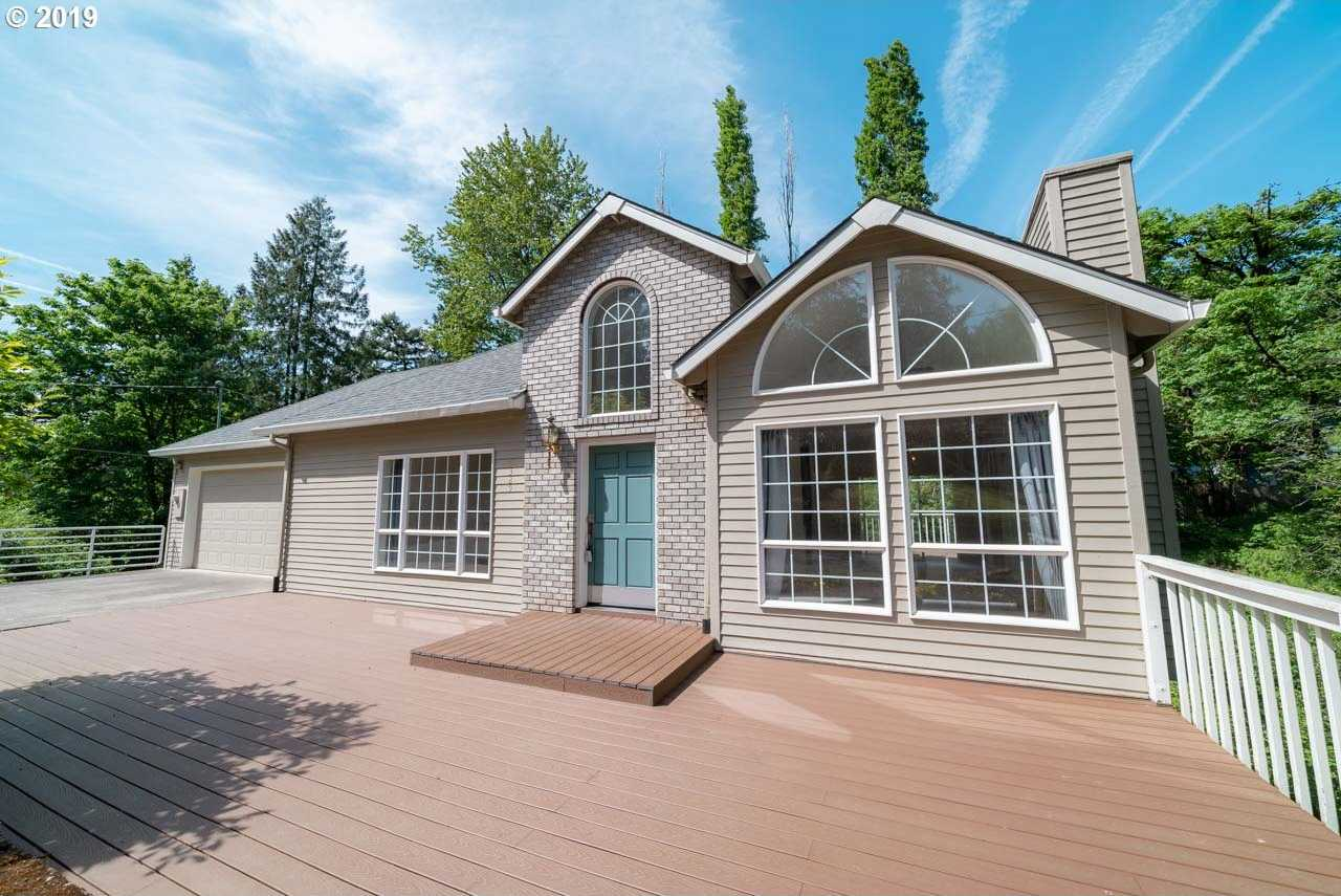 $519,000 - 4Br/3Ba -  for Sale in Portland