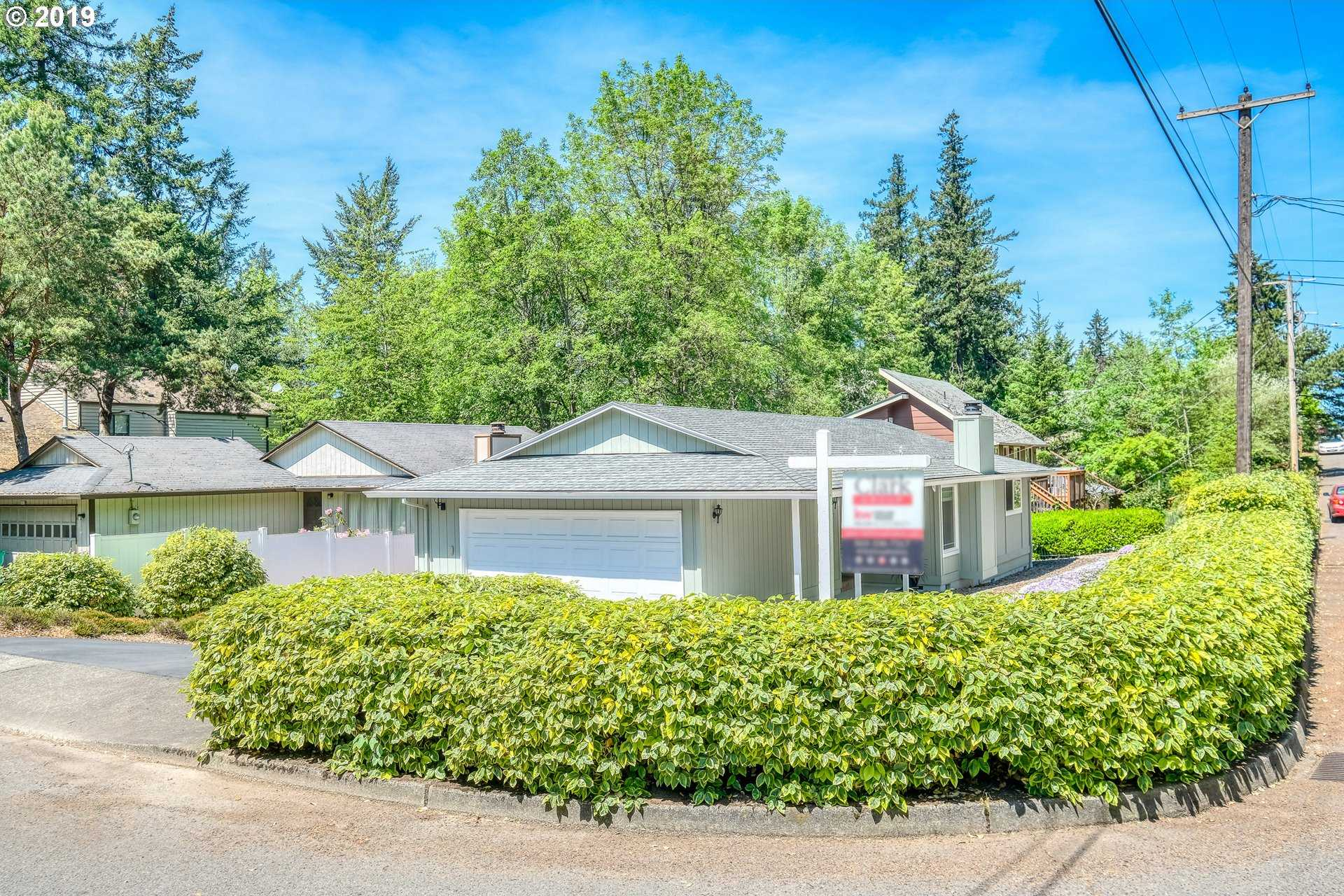 $335,000 - 2Br/1Ba -  for Sale in Crestwood, Portland