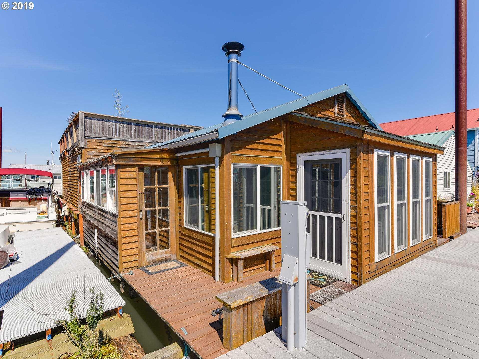 $335,000 - 2Br/1Ba -  for Sale in Jantzen Beach Moorage, Portland
