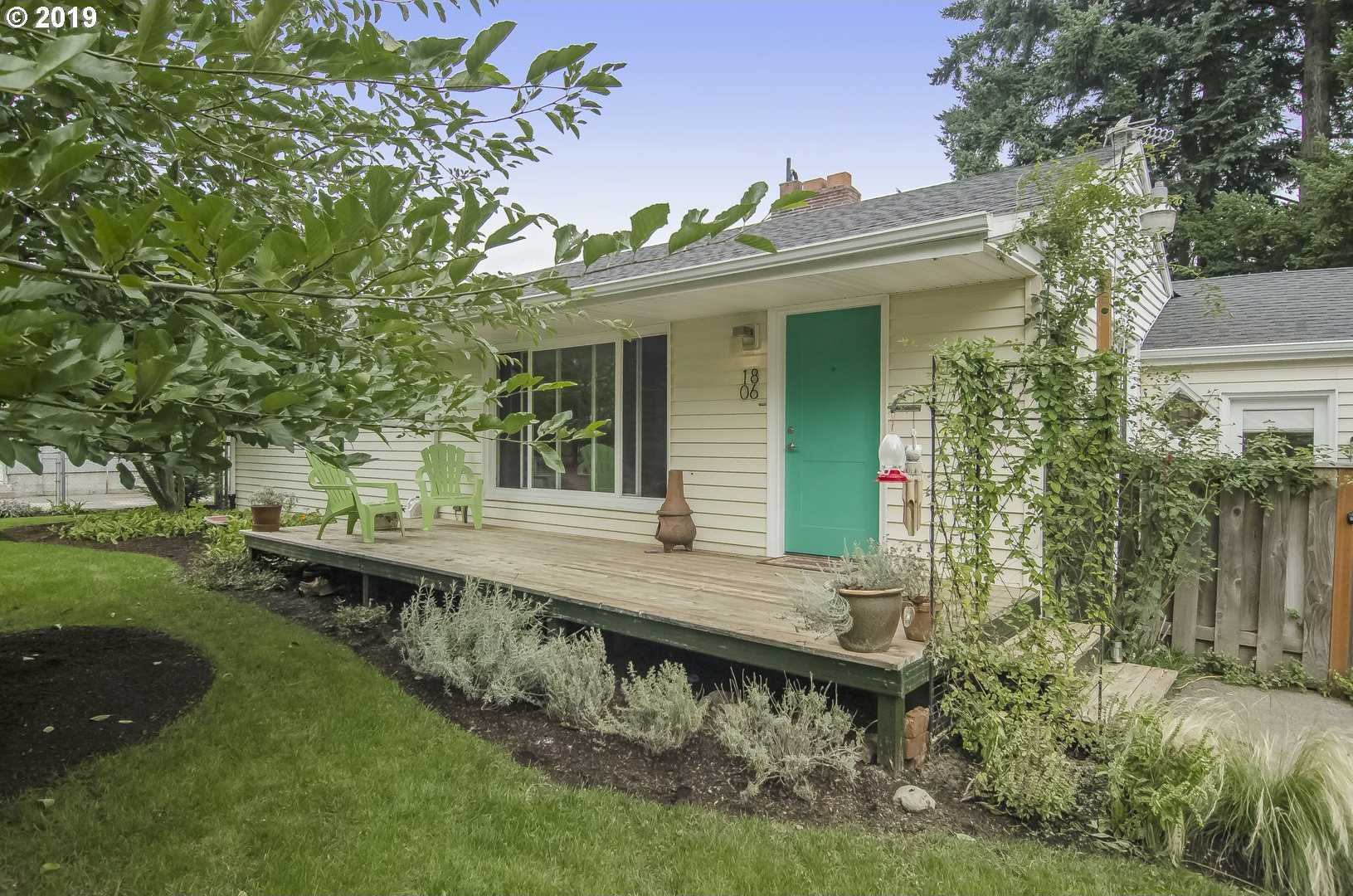 $385,000 - 3Br/2Ba -  for Sale in Portland