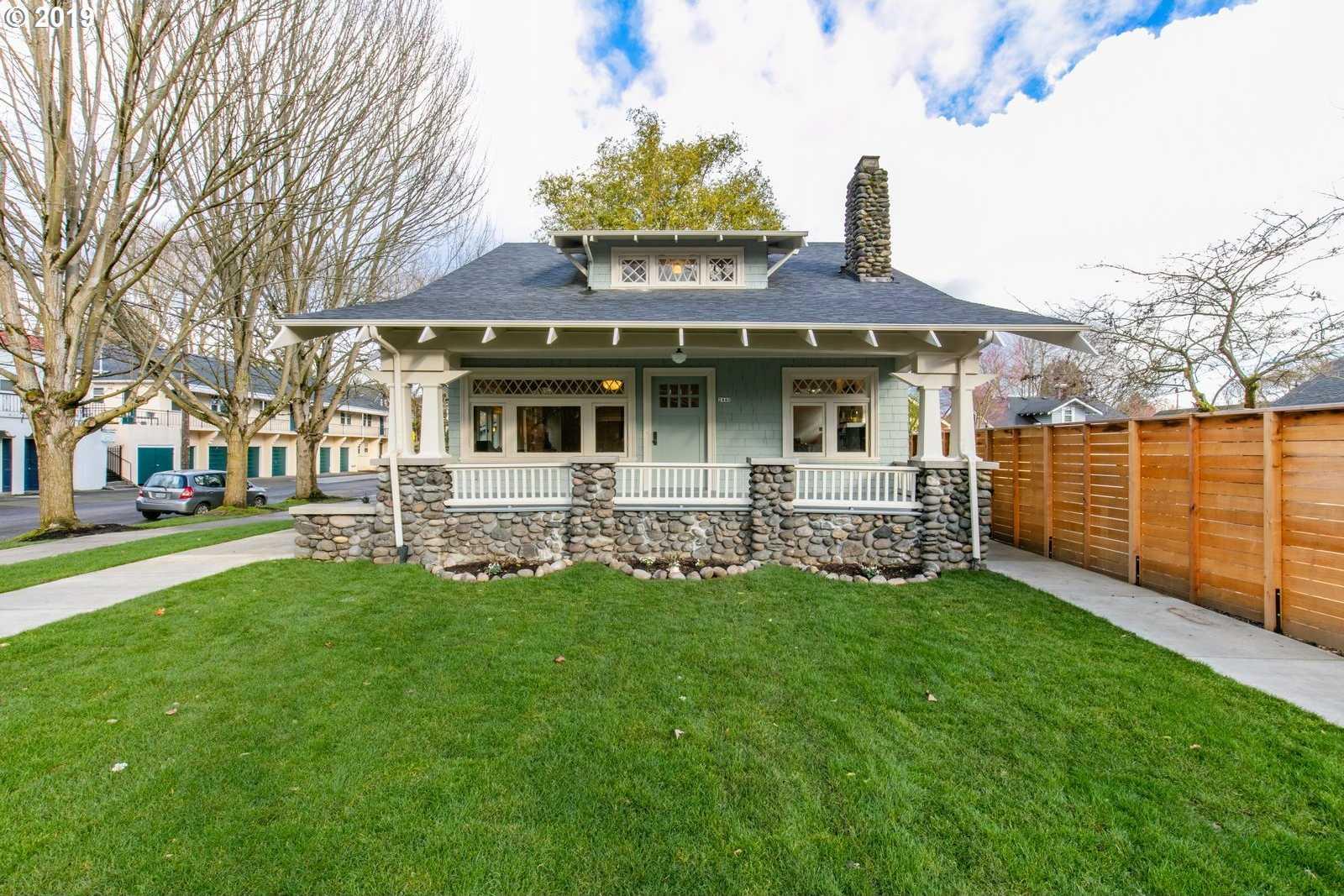 $1,049,900 - 6Br/4Ba -  for Sale in Irvington, Portland