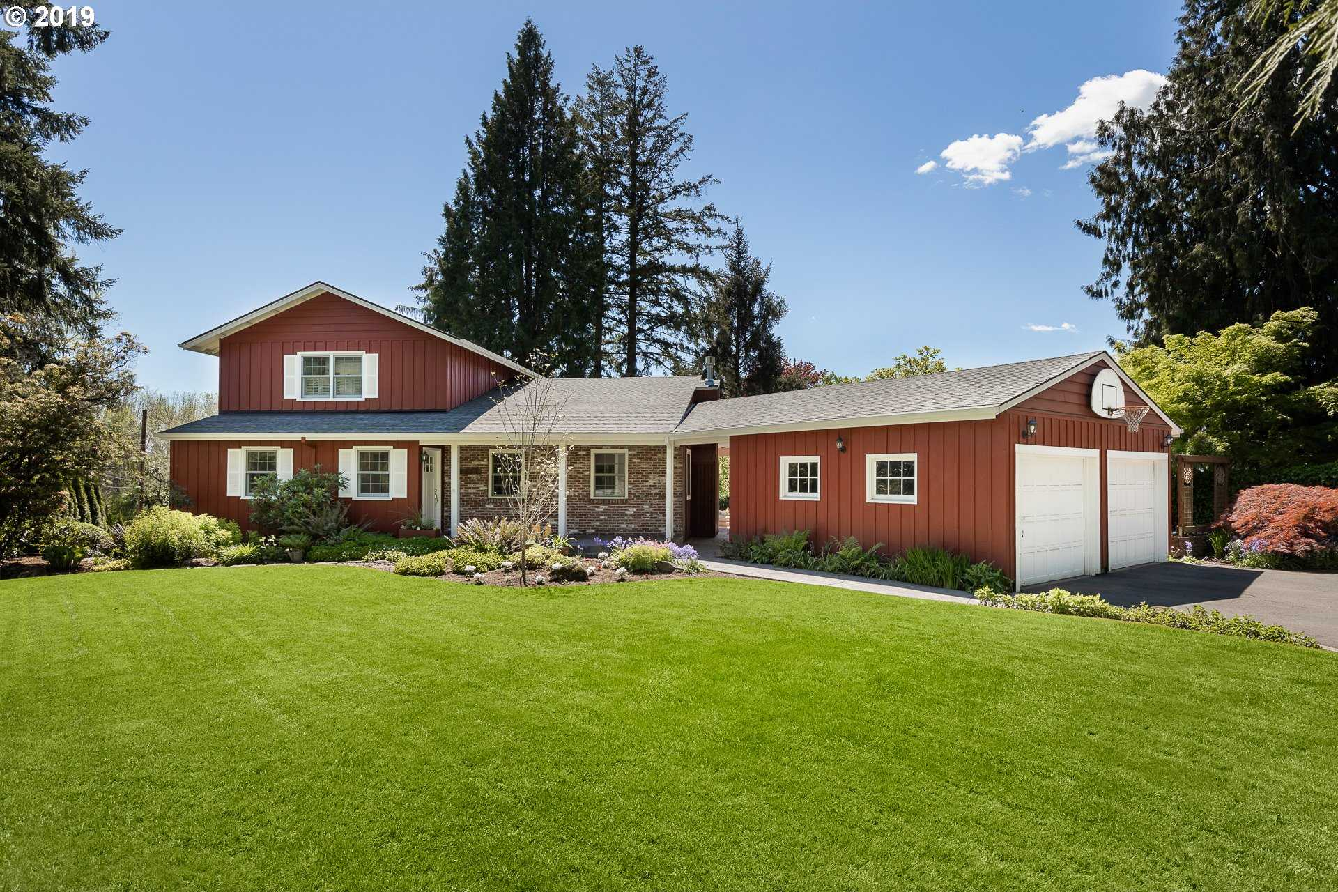 $1,097,500 - 4Br/4Ba -  for Sale in Raleigh West, Beaverton