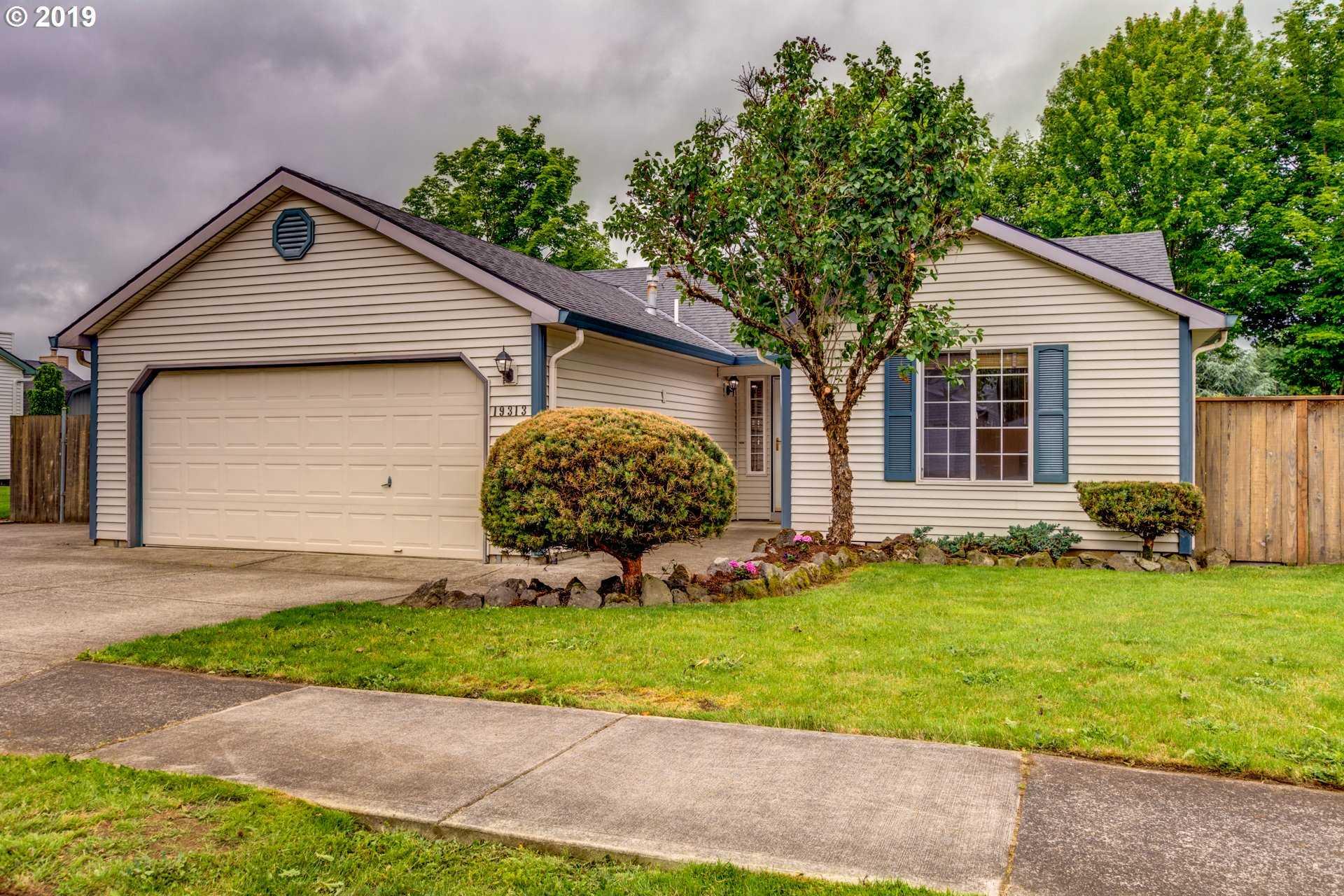 $384,900 - 3Br/2Ba -  for Sale in Thayer Estates, Oregon City