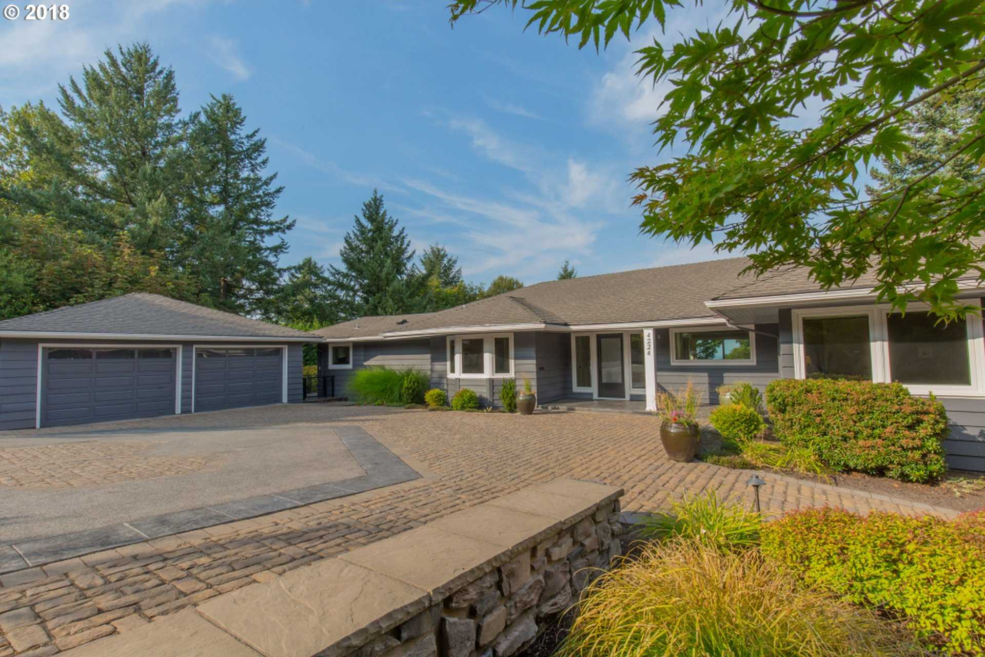 $1,999,000 - 4Br/5Ba -  for Sale in Council Crest / Healy Heights, Portland