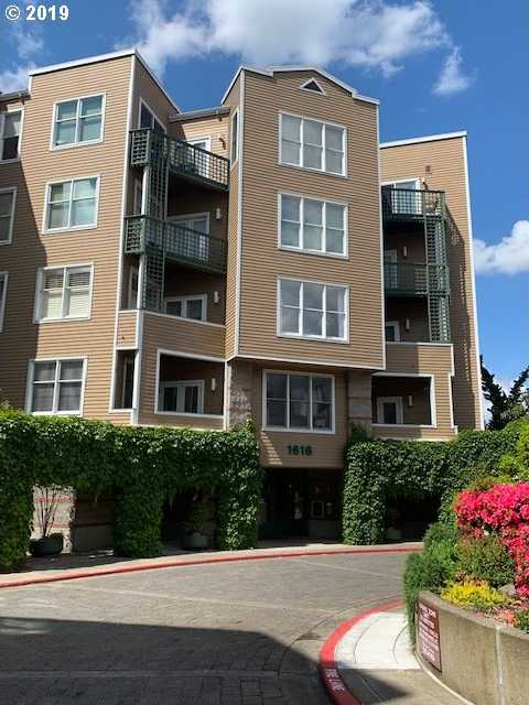 $339,900 - 1Br/1Ba -  for Sale in Riverplace, Portland