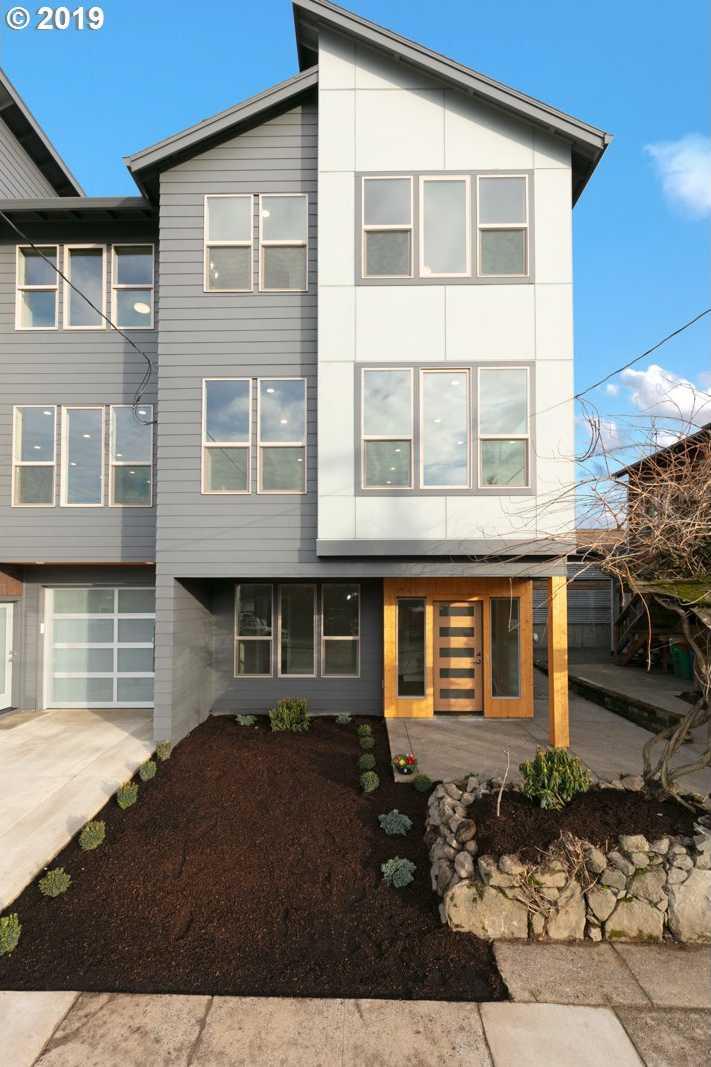 $699,900 - 3Br/4Ba -  for Sale in Clinton/division, Portland