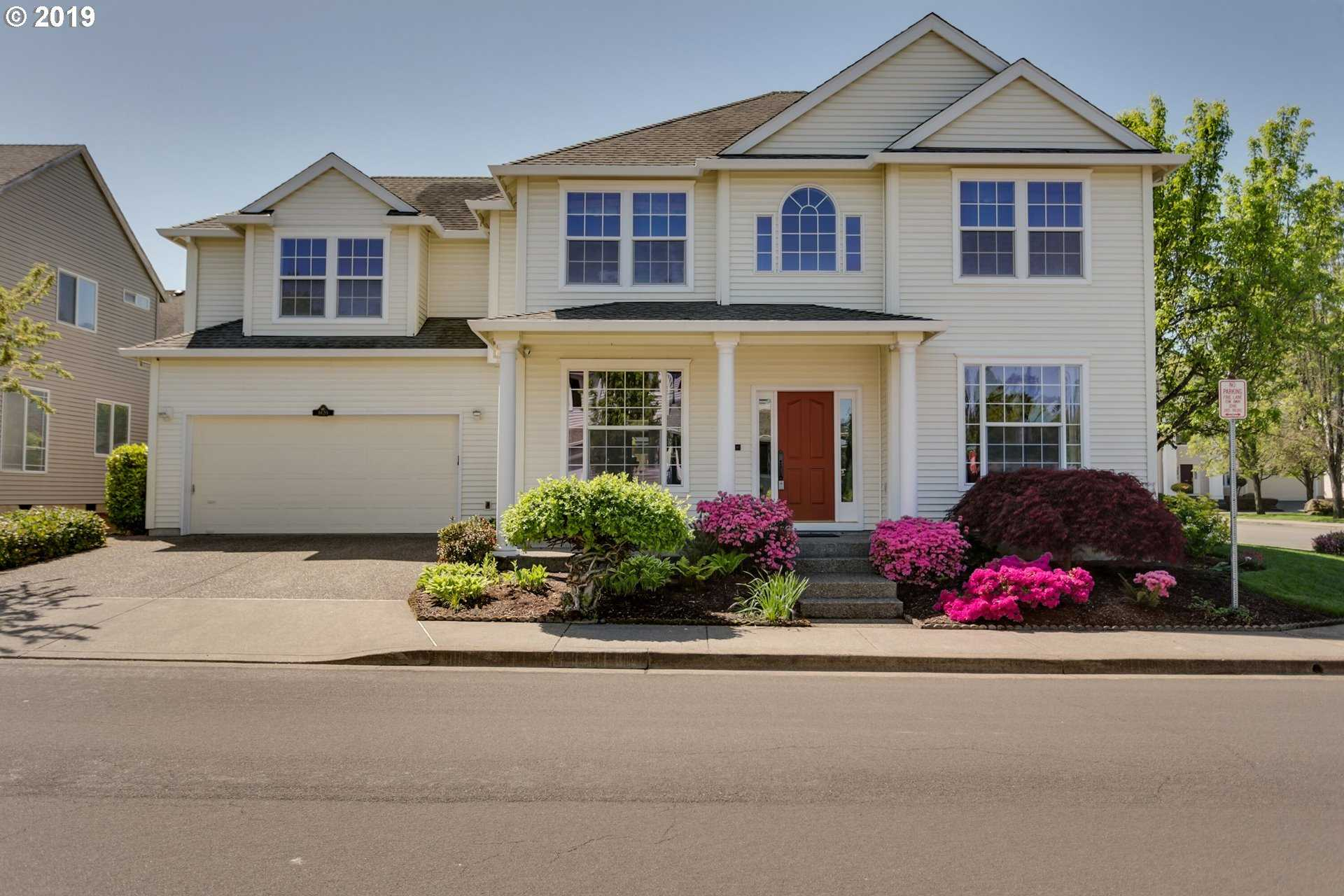 $525,000 - 4Br/3Ba -  for Sale in Applewood, Tigard