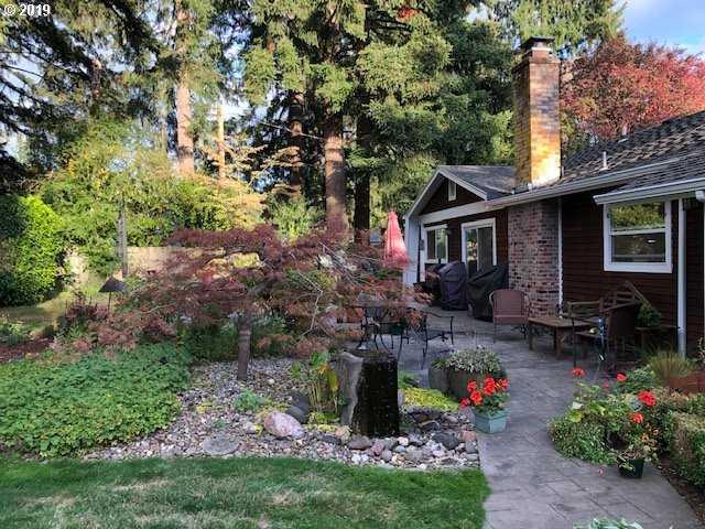 $549,900 - 3Br/3Ba -  for Sale in Lake Oswego