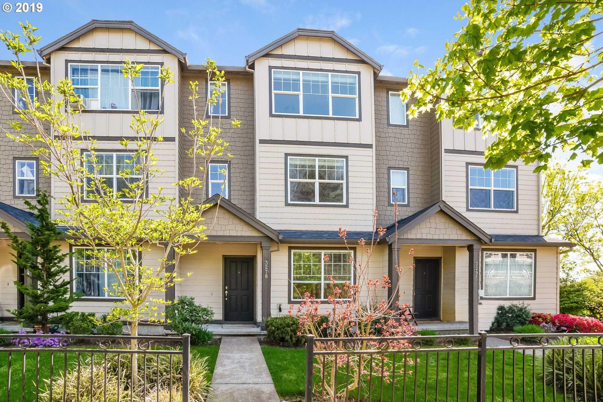 $333,000 - 4Br/4Ba -  for Sale in Hillsboro