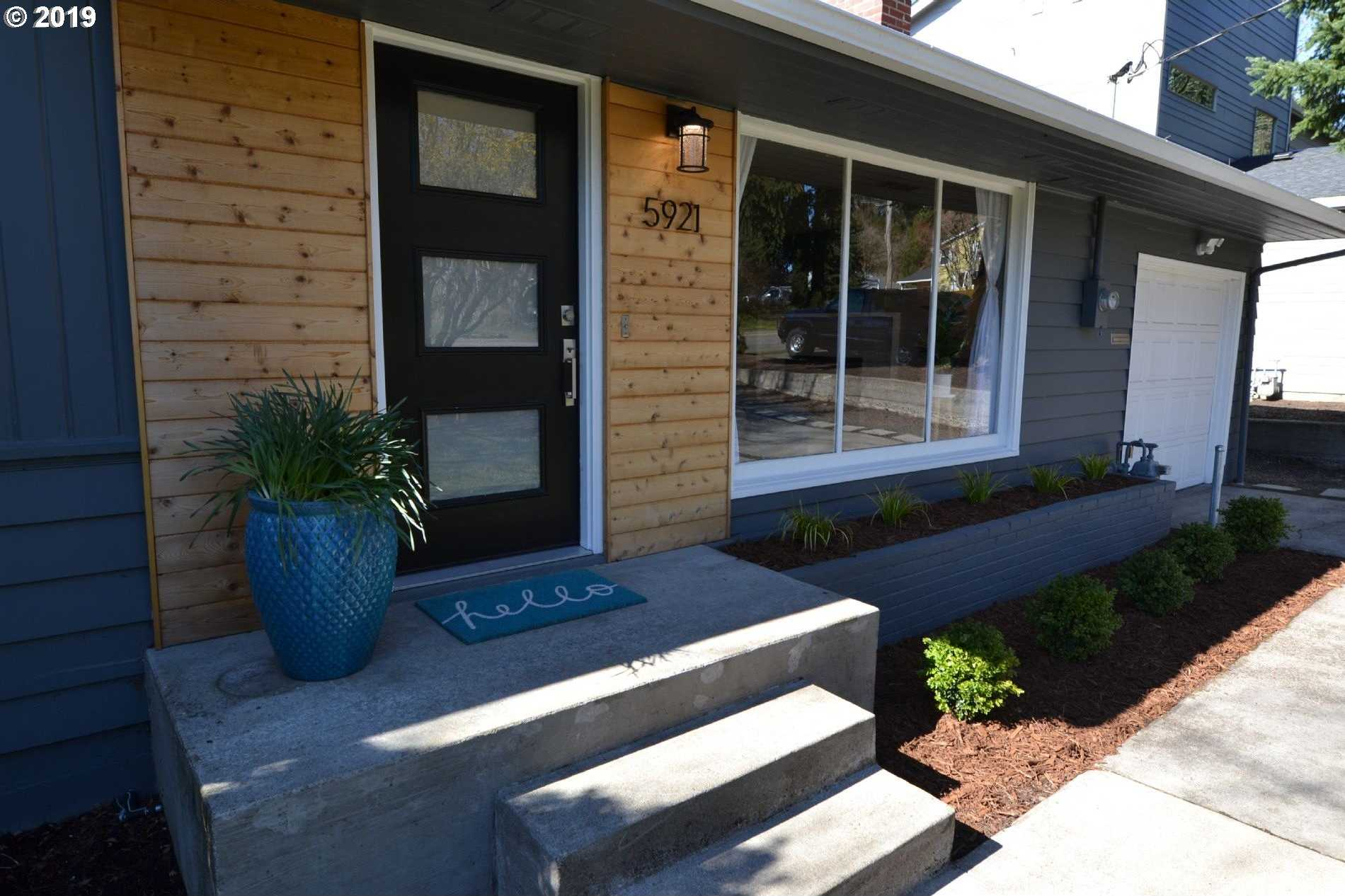 $499,000 - 3Br/2Ba -  for Sale in Hayhurst, Portland