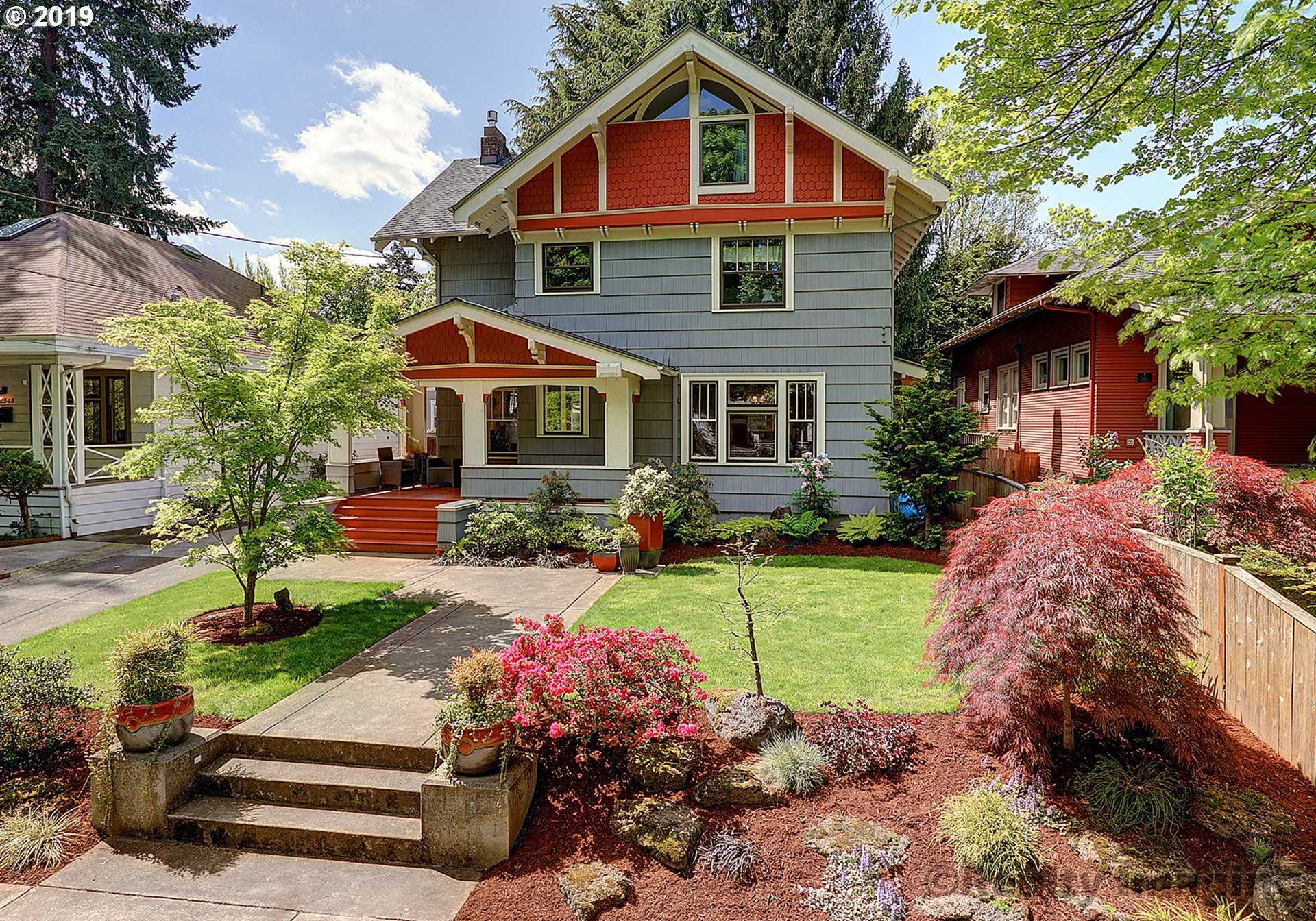 $989,000 - 5Br/3Ba -  for Sale in Portland