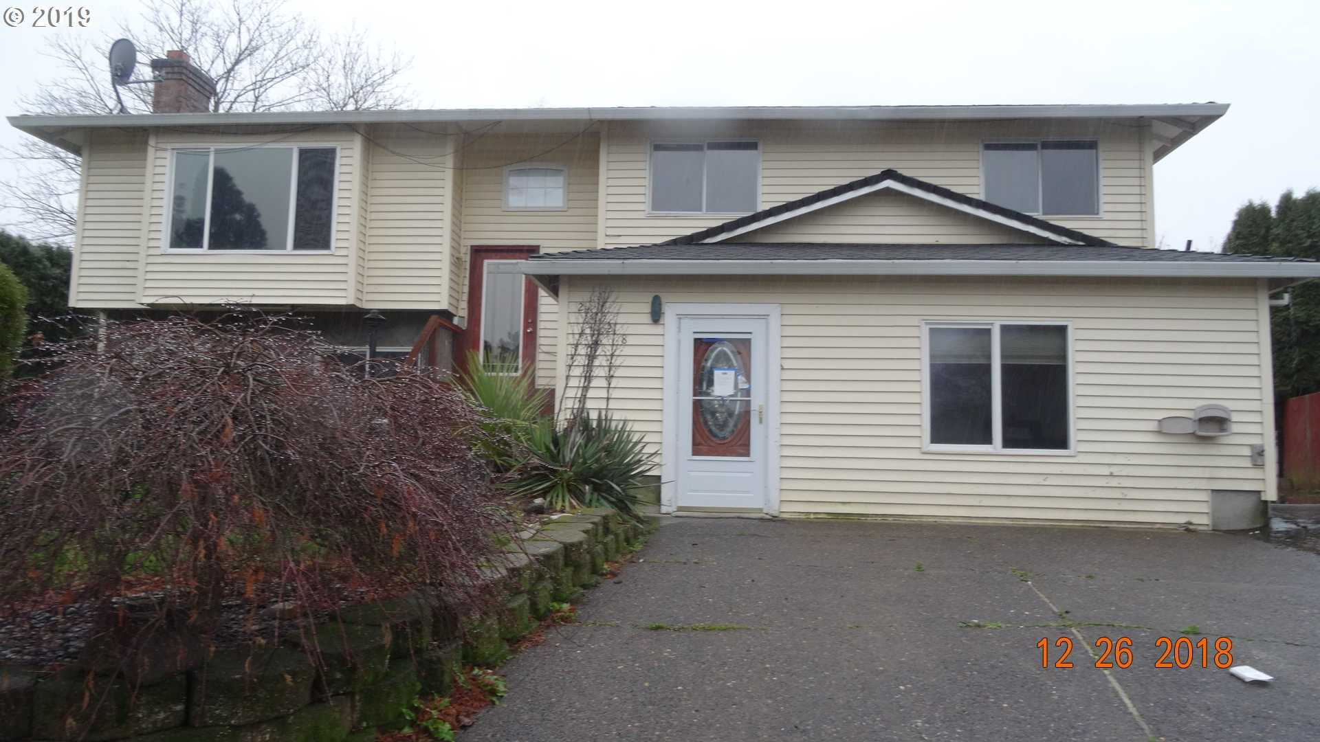 $249,900 - 8Br/3Ba -  for Sale in Troutdale