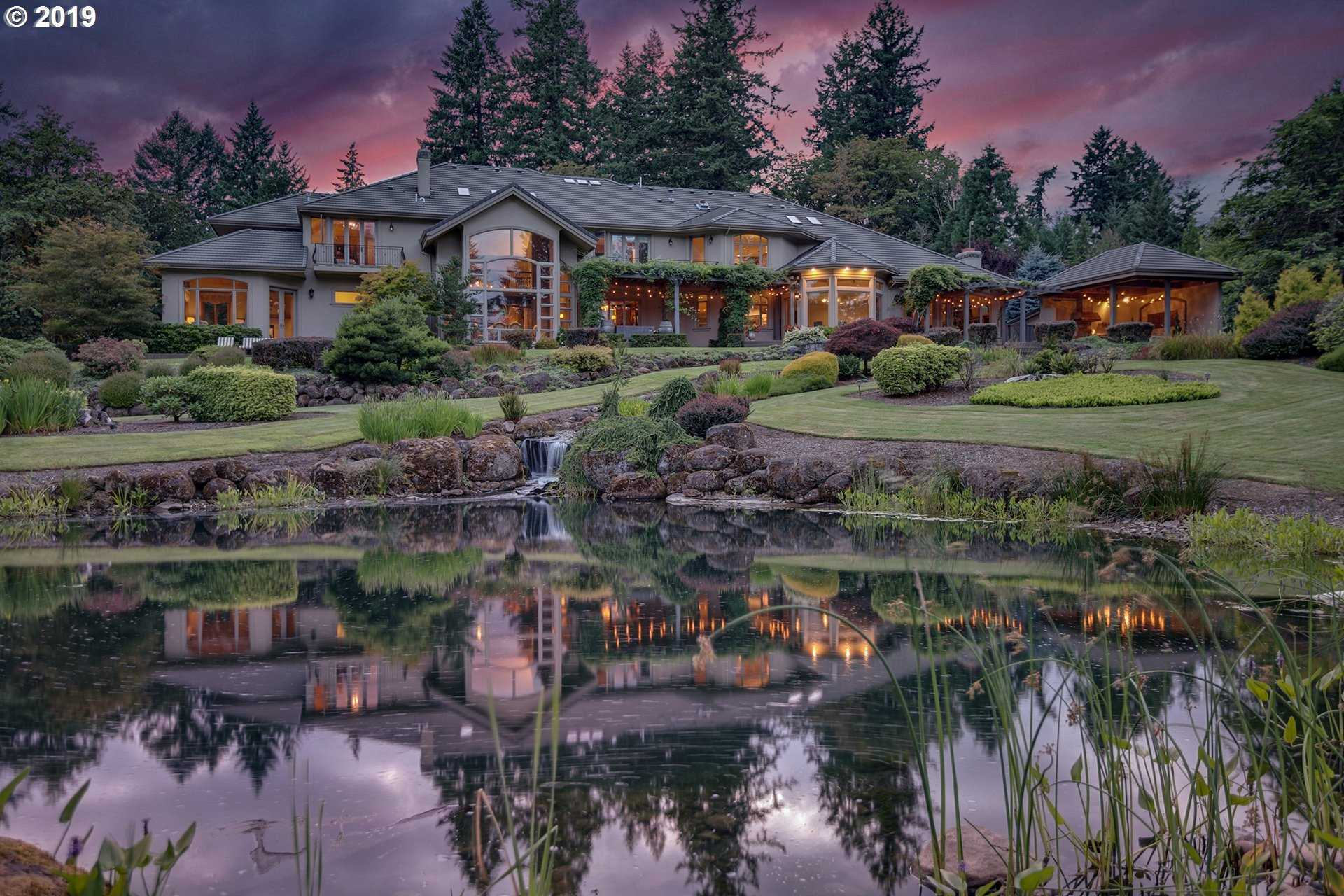$3,250,000 - 5Br/8Ba -  for Sale in Pete's Mountain/or Golf Club, West Linn