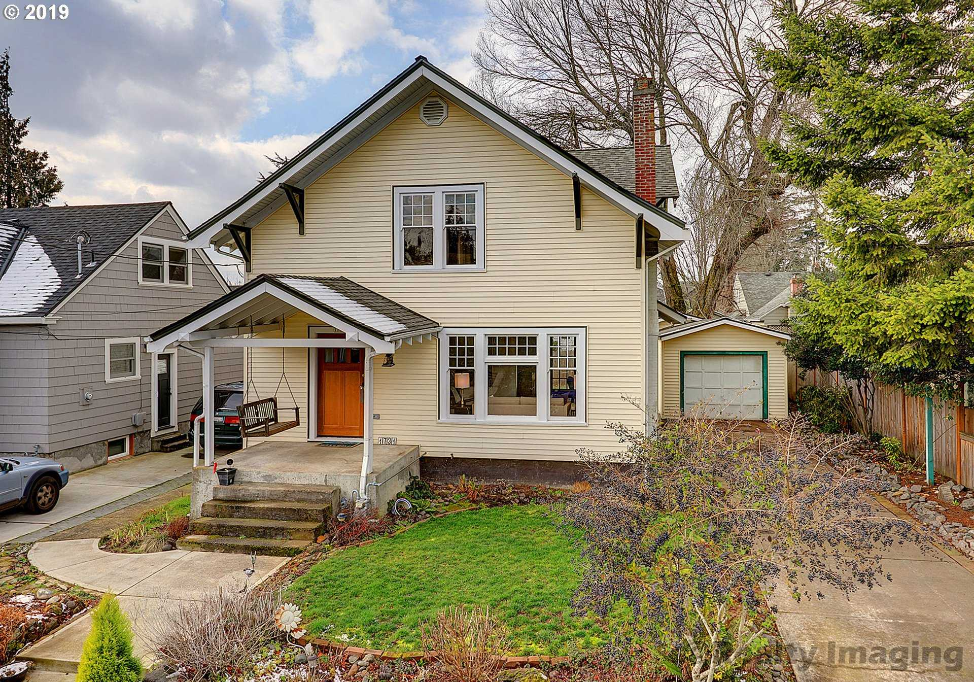 $569,900 - 3Br/2Ba -  for Sale in Hollywood, Portland