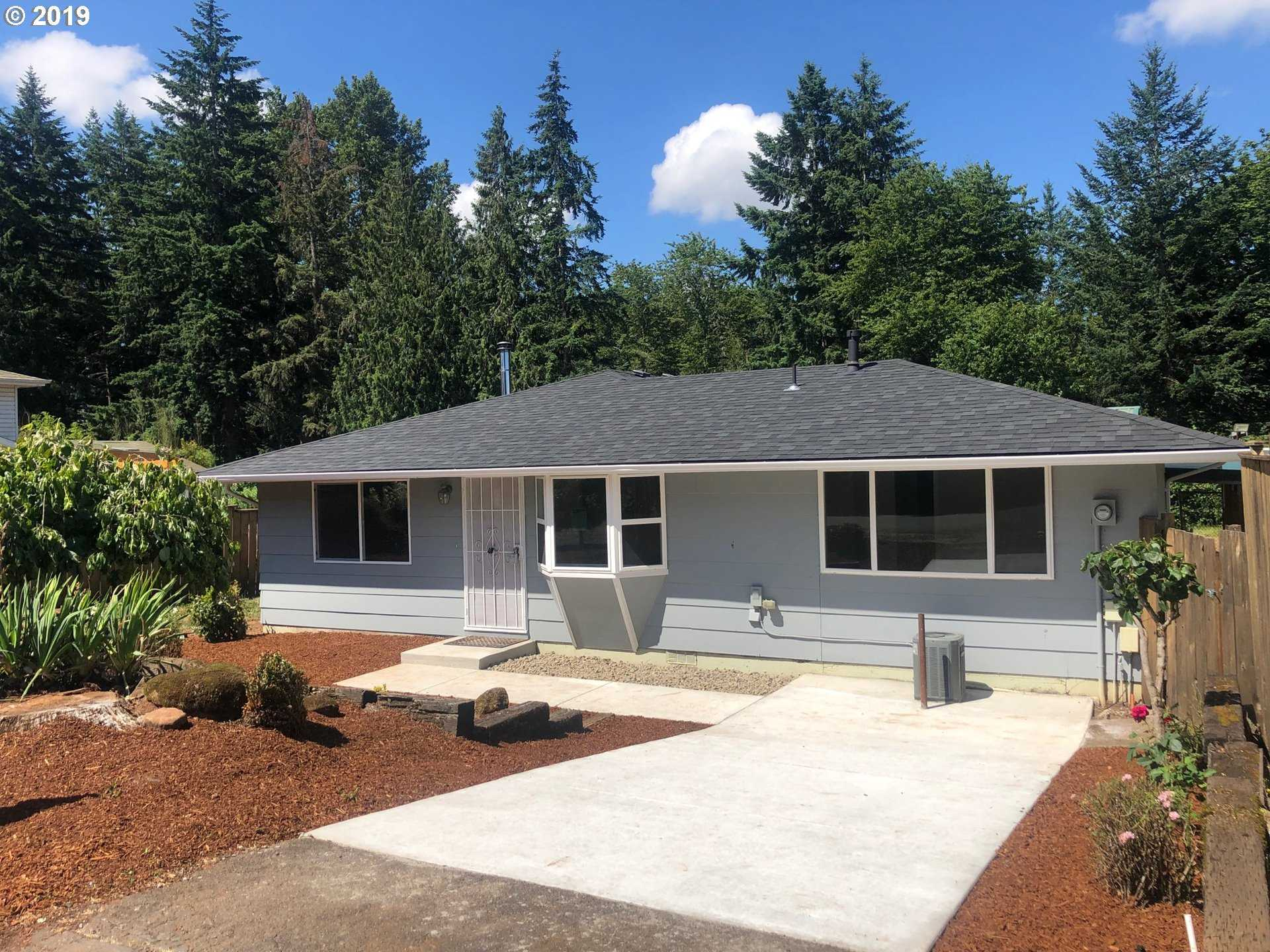 $466,900 - 4Br/2Ba -  for Sale in Oregon City