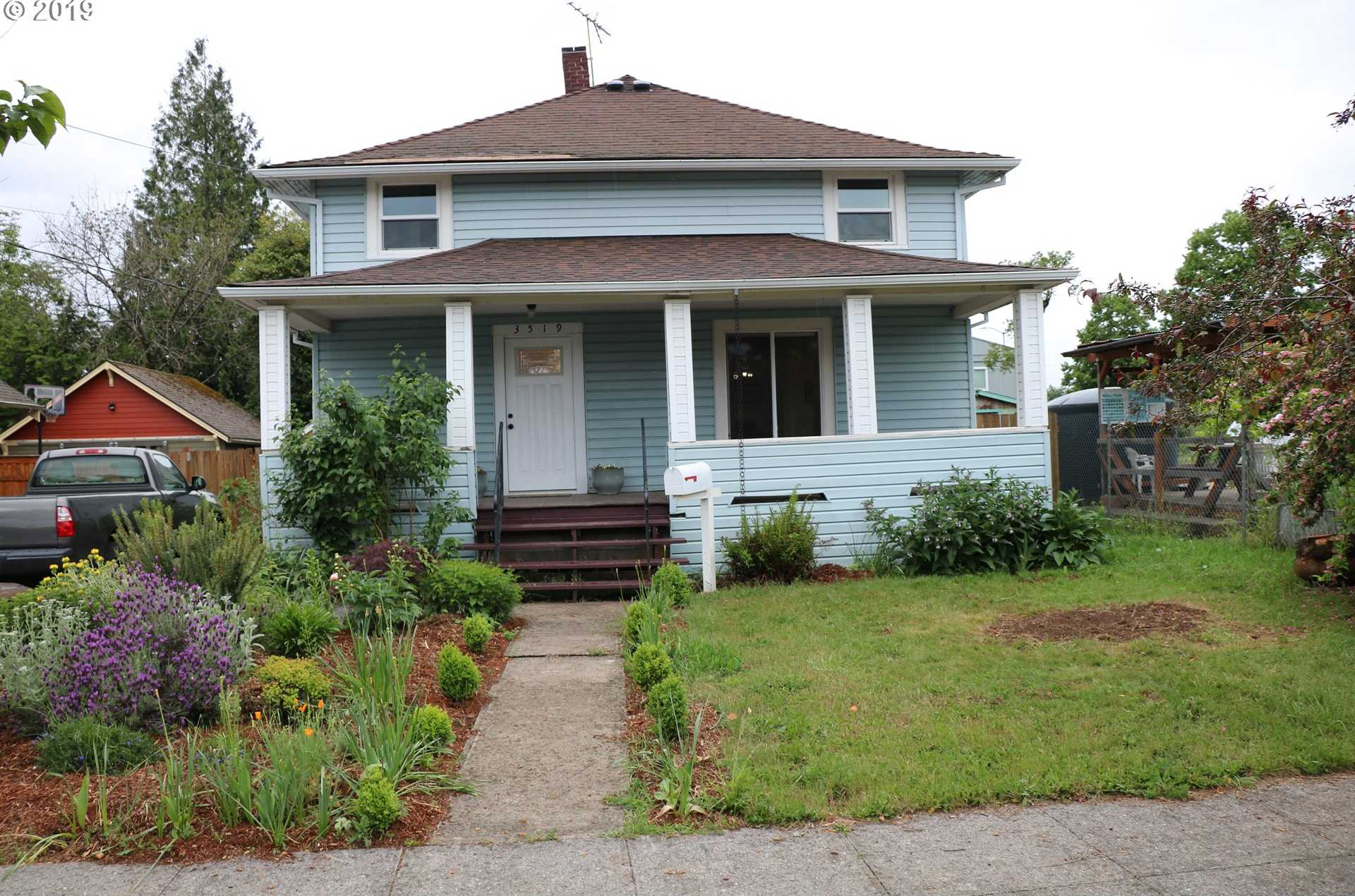 $399,000 - 4Br/2Ba -  for Sale in Portland