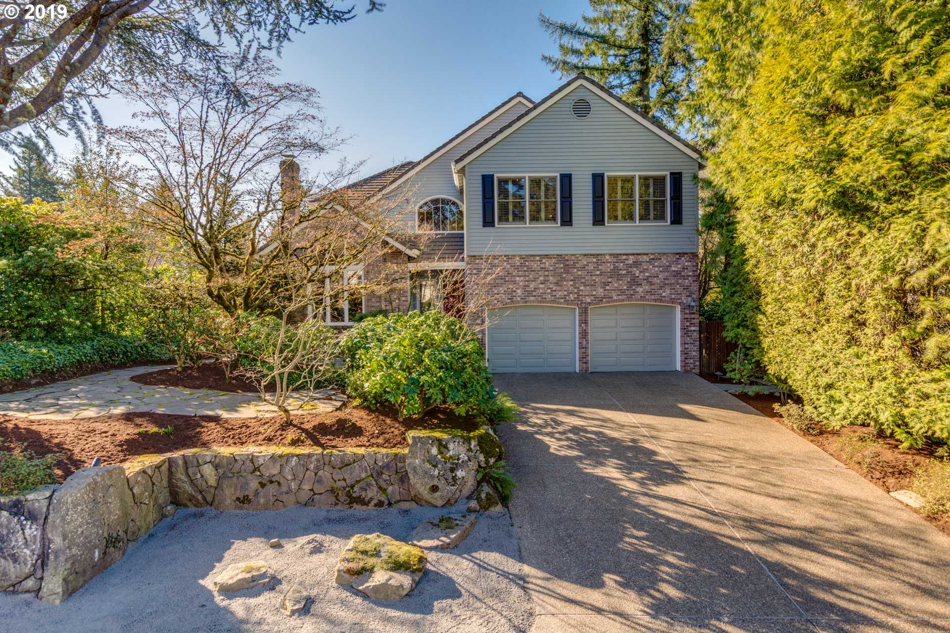 $825,000 - 4Br/3Ba -  for Sale in Portland