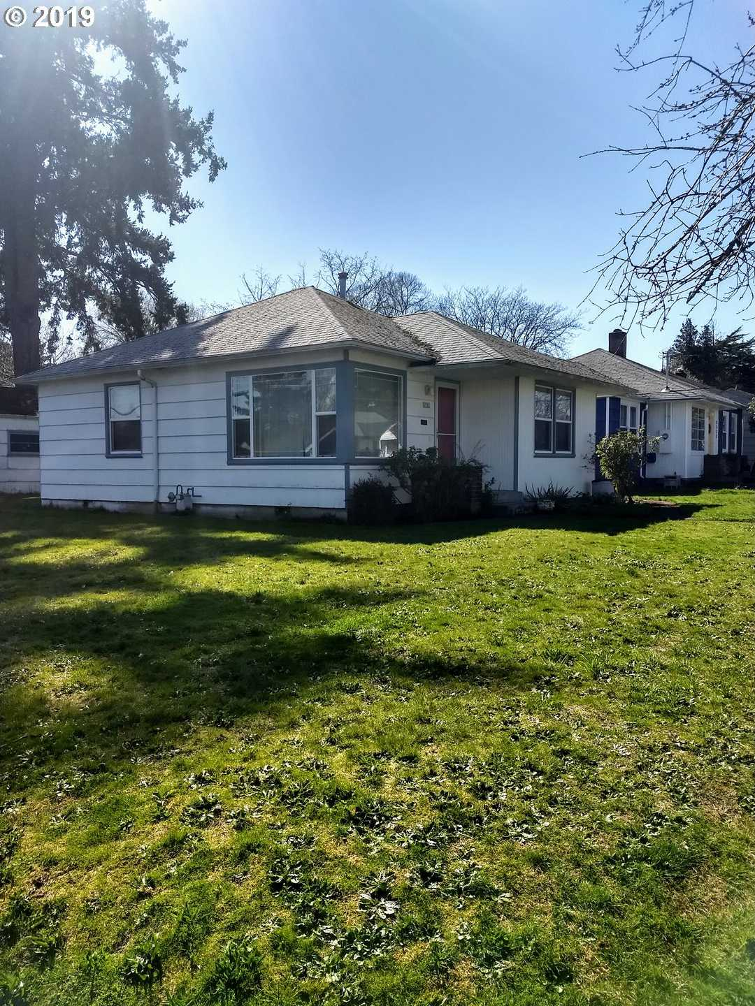$336,000 - 2Br/1Ba -  for Sale in Montavilla, Portland