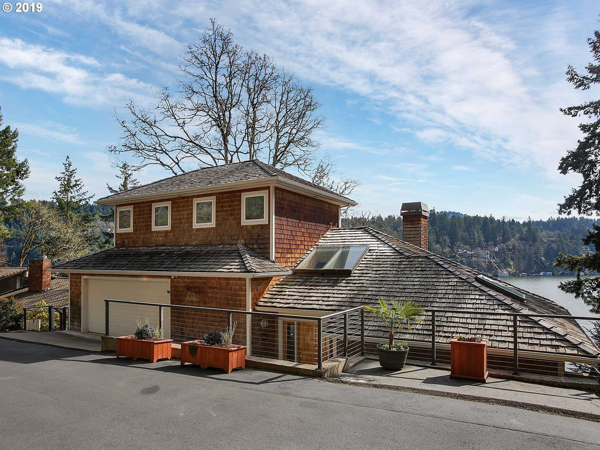 $1,998,000 - 5Br/5Ba -  for Sale in Main Lake Oswego, Lake Oswego