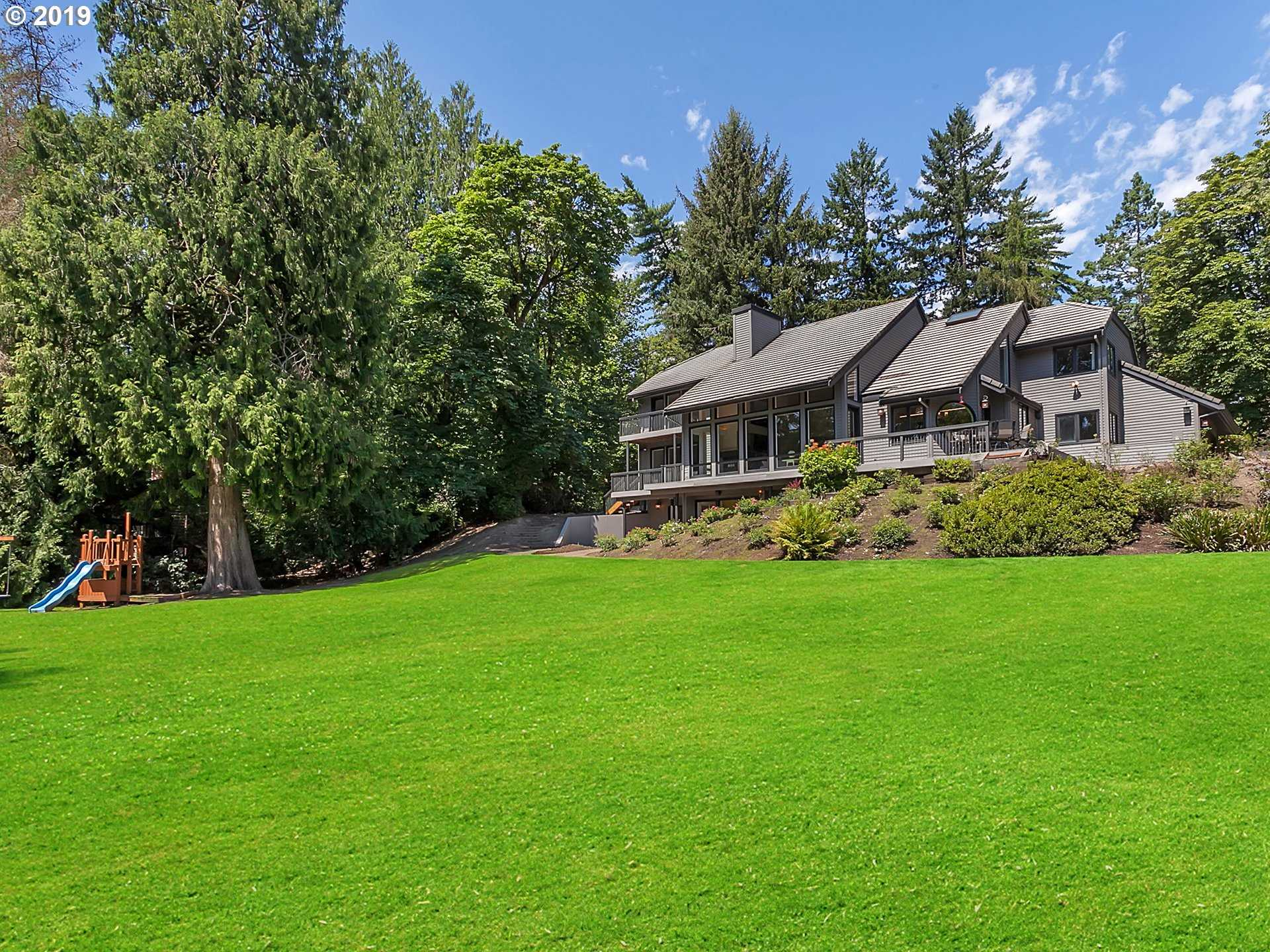 $1,750,000 - 5Br/5Ba -  for Sale in Wilsonville