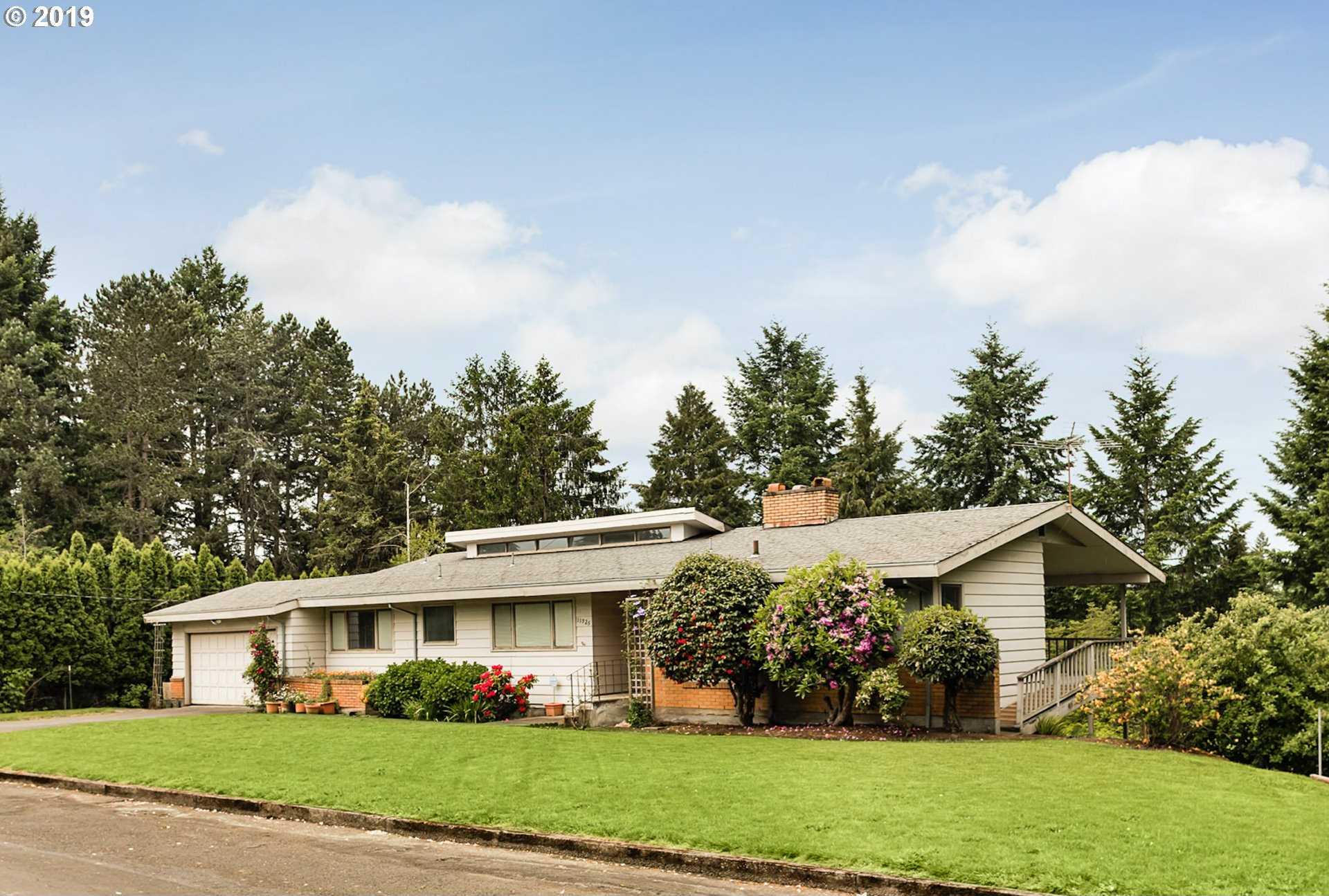 $549,000 - 5Br/3Ba -  for Sale in Cedar Hills, Portland