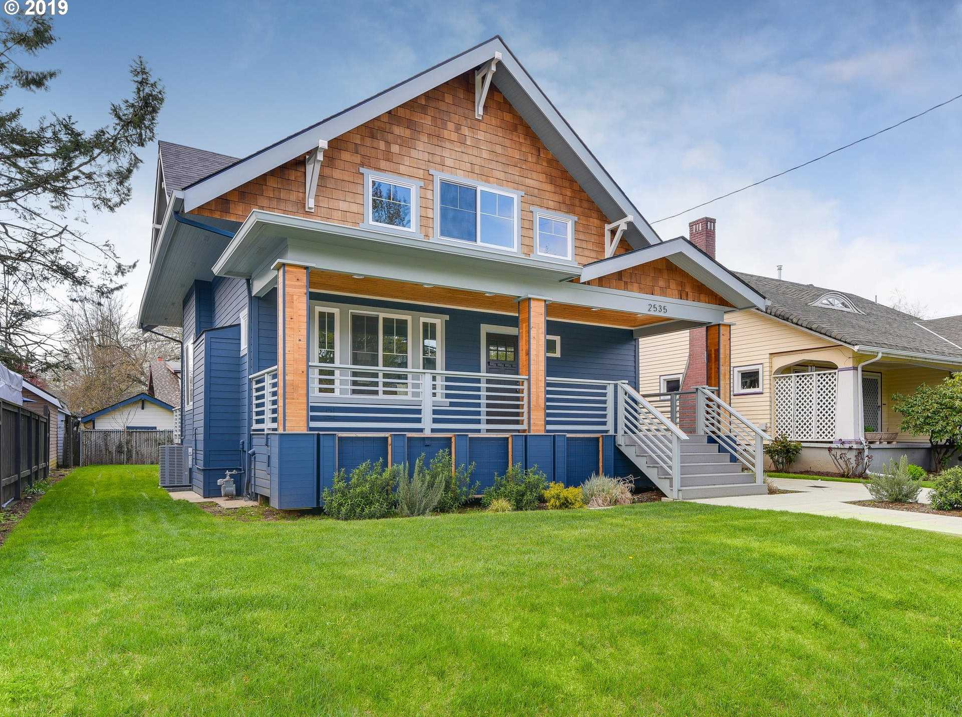 $949,900 - 5Br/4Ba -  for Sale in Grant Park/hollywood, Portland