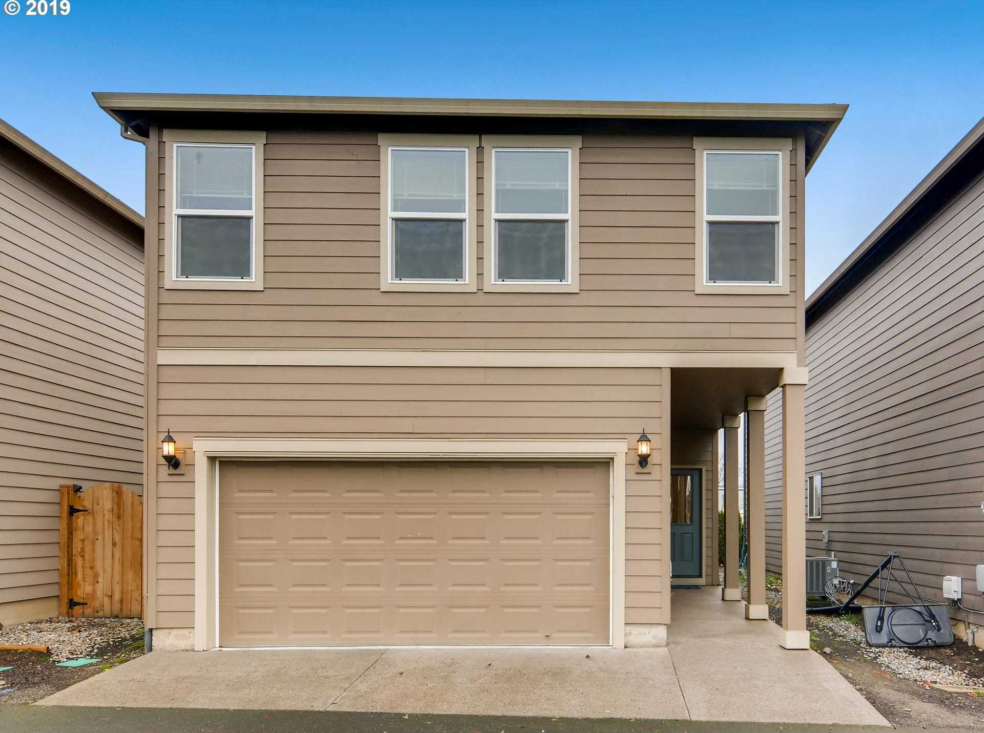 $342,000 - 3Br/3Ba -  for Sale in Forest Grove