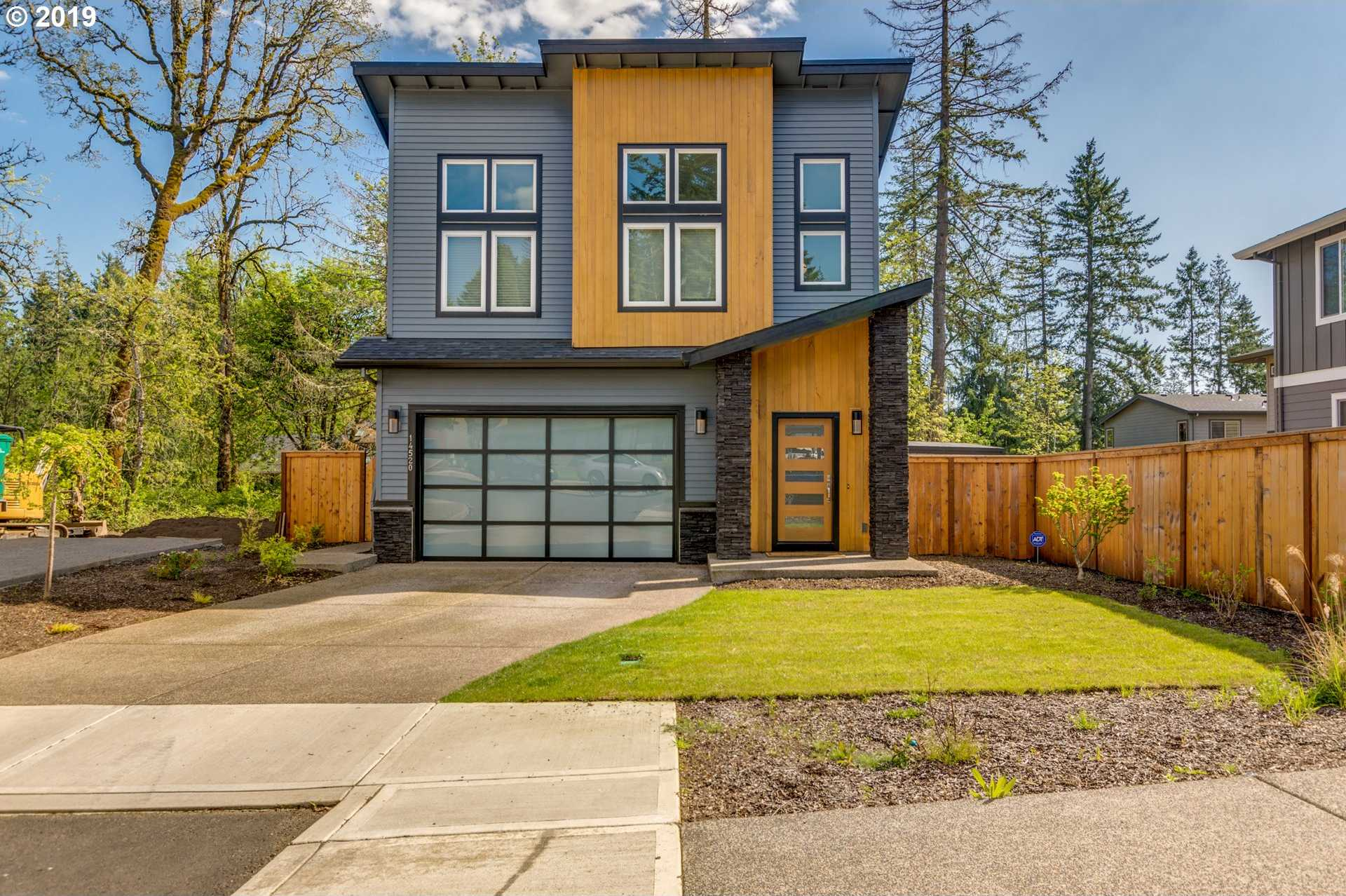 $530,000 - 3Br/3Ba -  for Sale in Clackamas