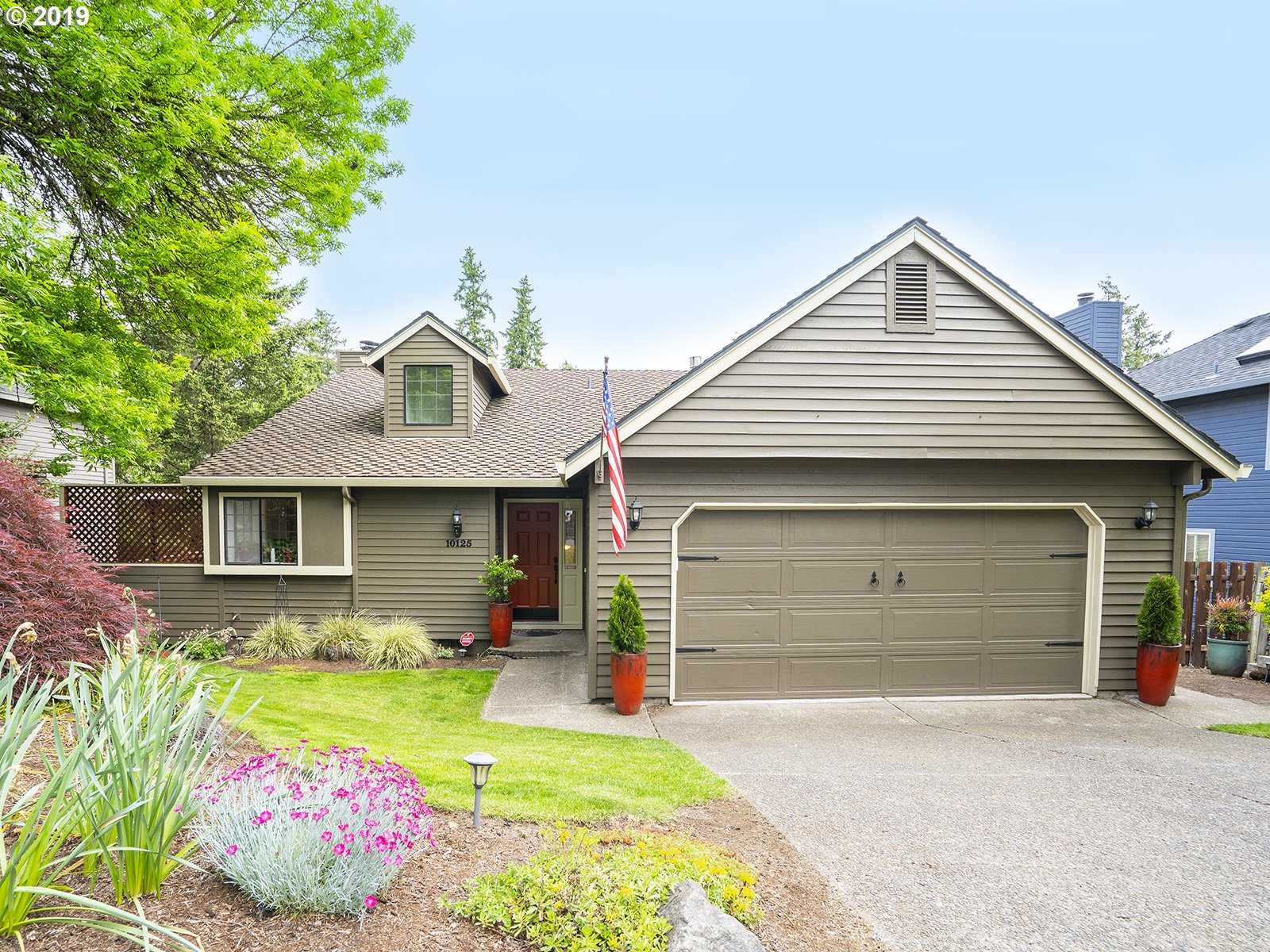 $447,500 - 4Br/2Ba -  for Sale in Murray Hill Area, Beaverton