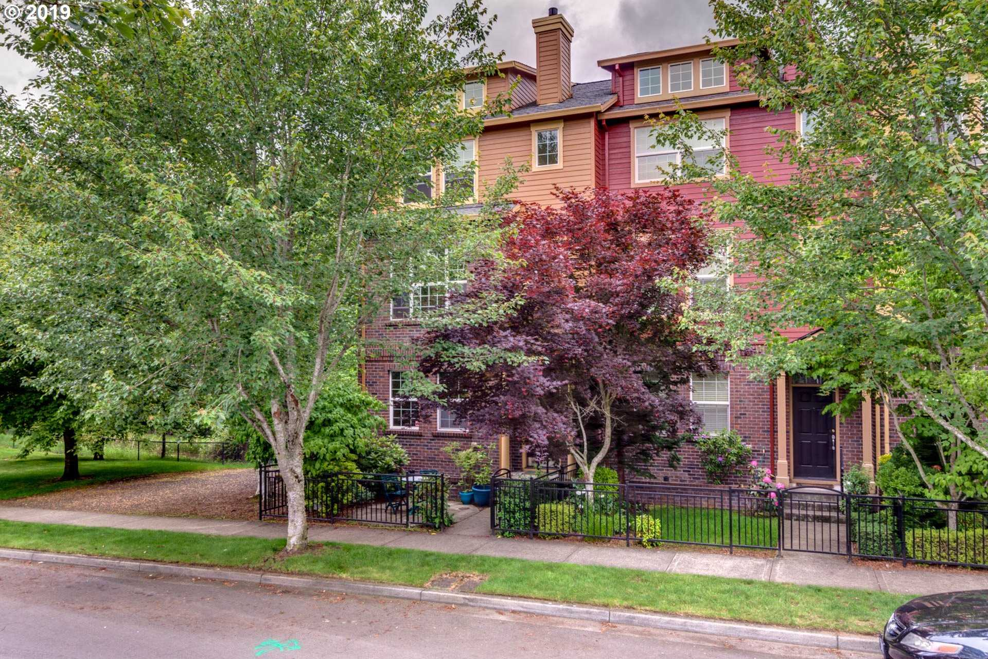 $409,900 - 2Br/4Ba -  for Sale in Orenco Gardens, Hillsboro