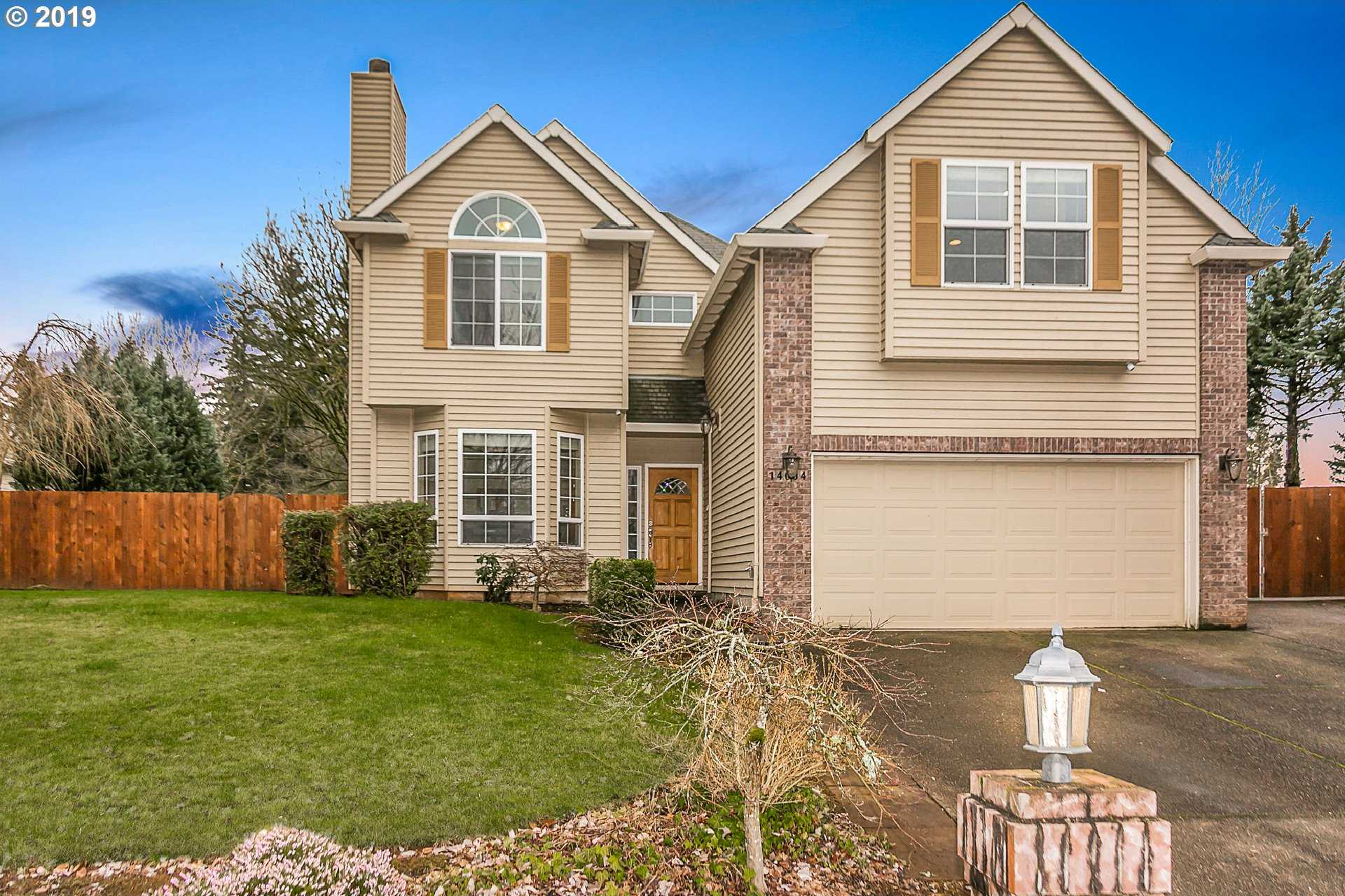 $489,900 - 3Br/3Ba -  for Sale in Oregon City