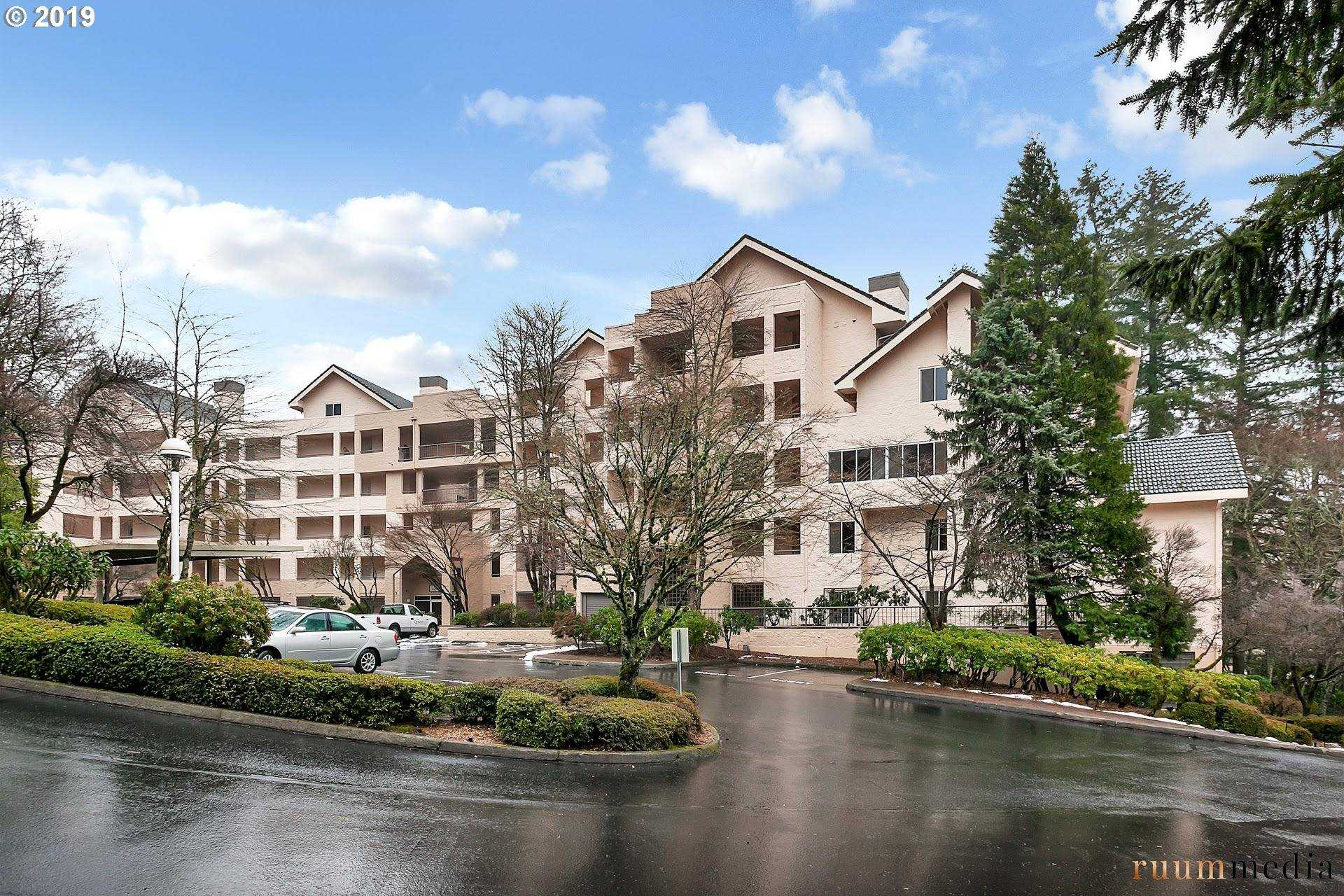 $338,000 - 2Br/2Ba -  for Sale in The Quintet, Portland