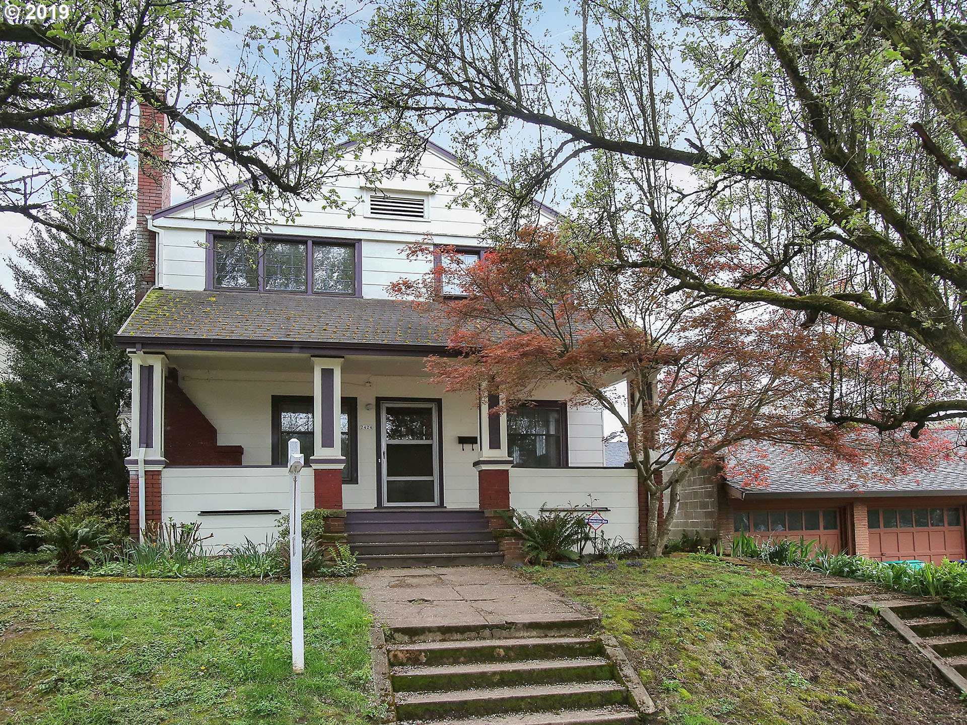 $585,000 - 5Br/2Ba -  for Sale in Colonial Heights, Portland