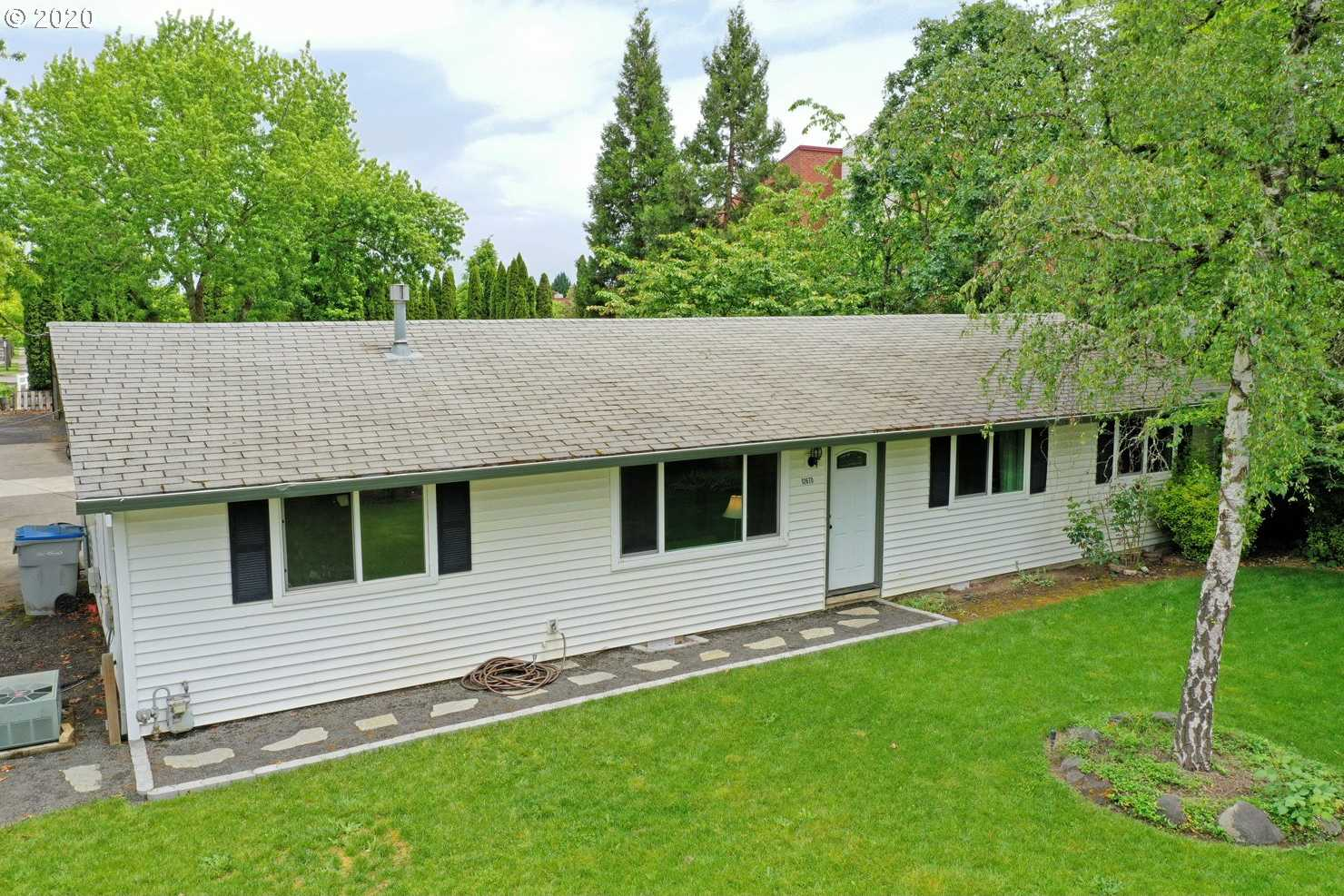 $425,000 - 3Br/1Ba - for Sale in Banks