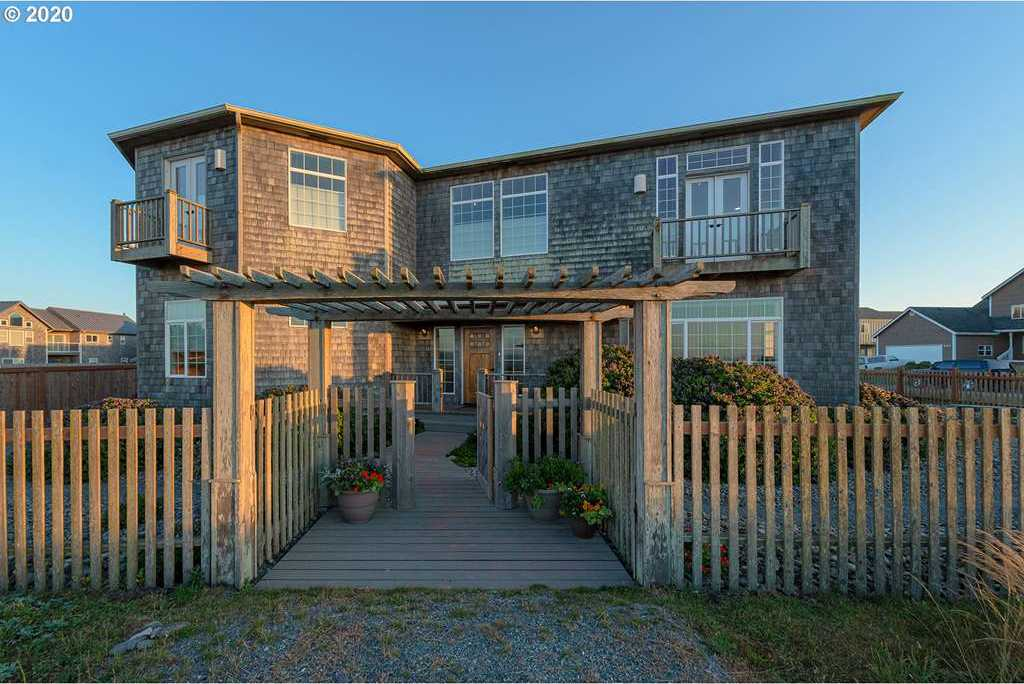 $799,000 - 3Br/3Ba -  for Sale in Bandon