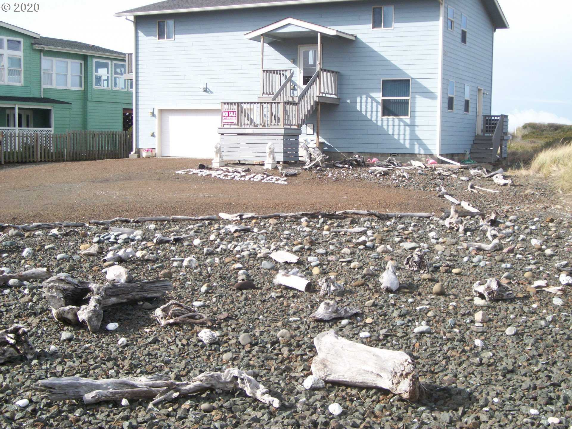 $995,000 - 4Br/3Ba -  for Sale in Gold Beach