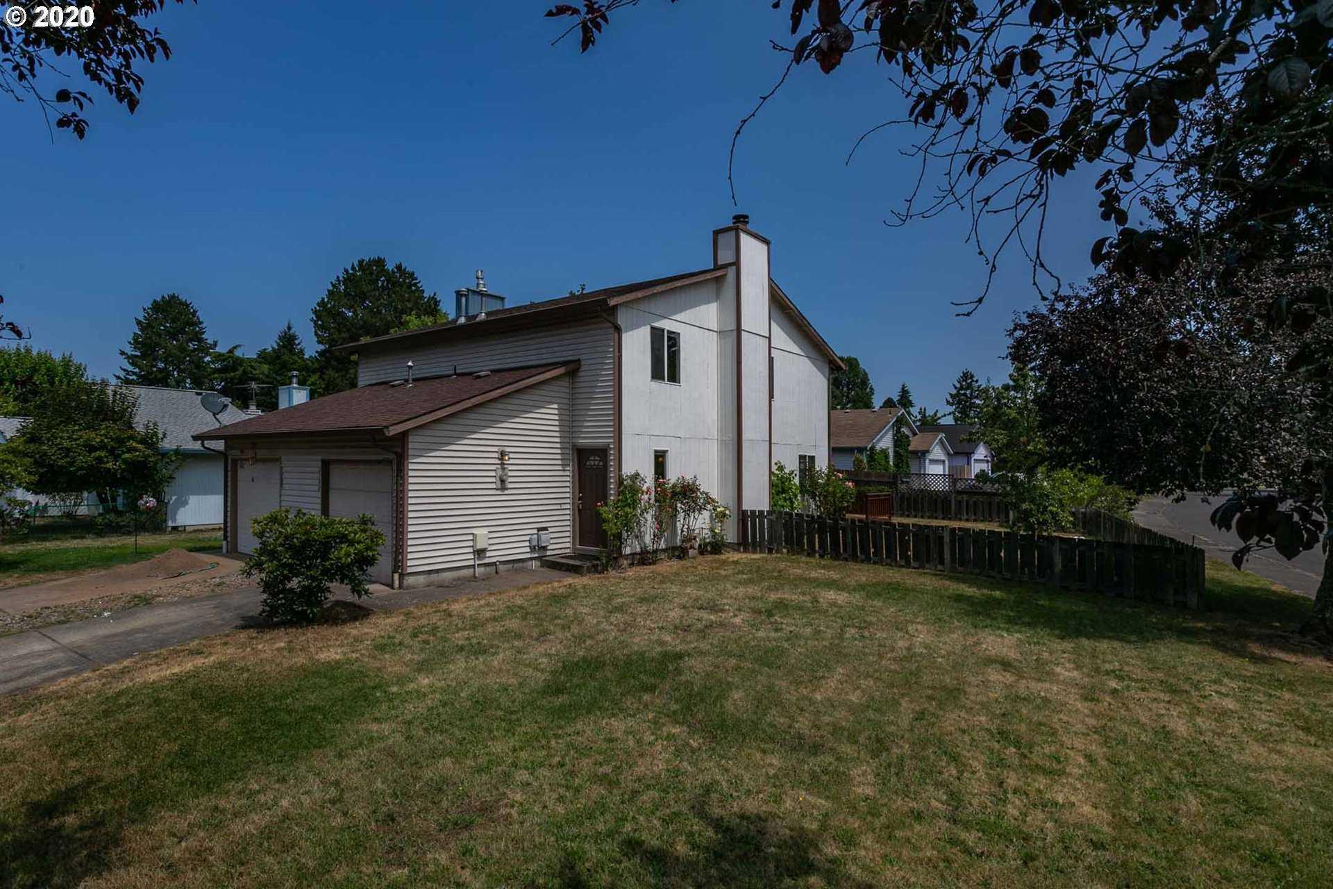 $285,000 - 3Br/2Ba - for Sale in Hillsboro