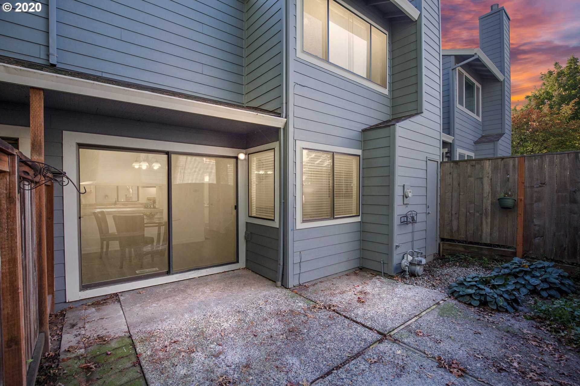 $279,900 - 2Br/3Ba -  for Sale in Lang Hill, Tigard