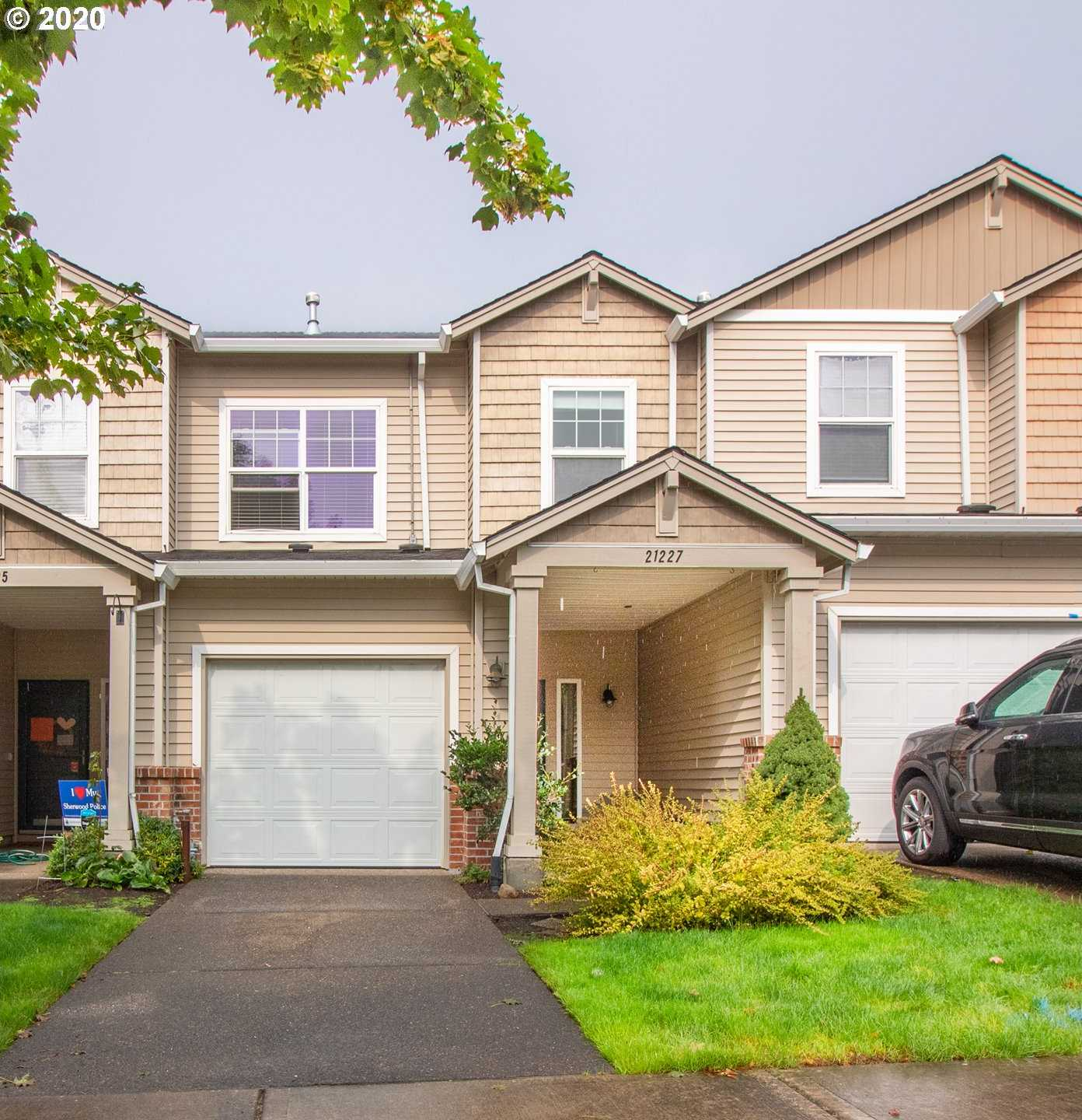$323,000 - 3Br/3Ba - for Sale in Sherwood
