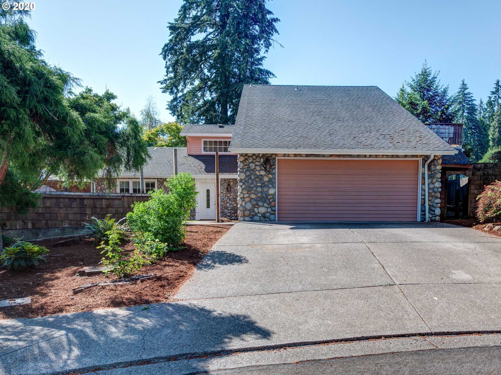 $410,000 - 5Br/3Ba -  for Sale in Springfield