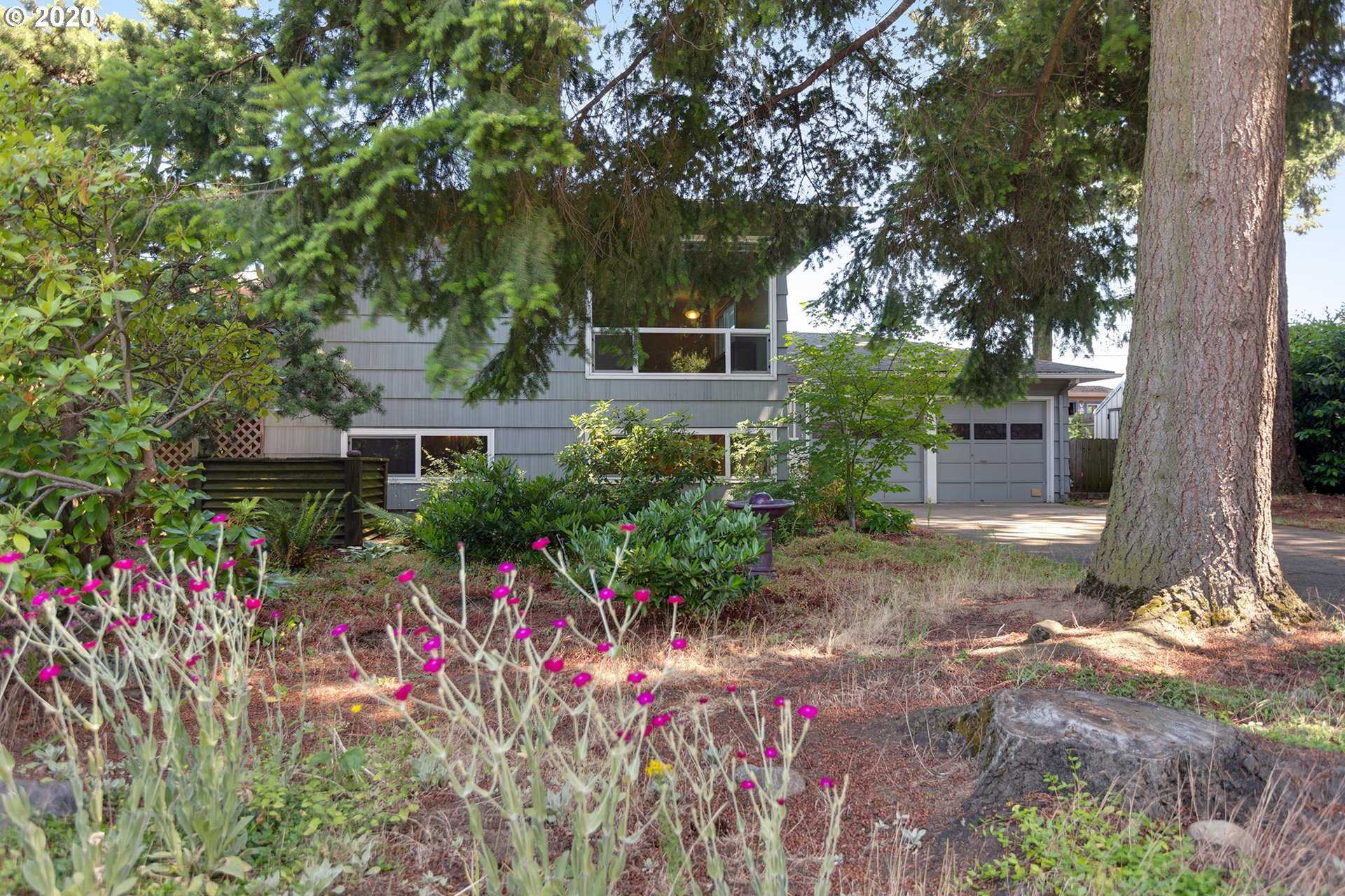 $399,900 - 3Br/2Ba - for Sale in Clifgate, Portland