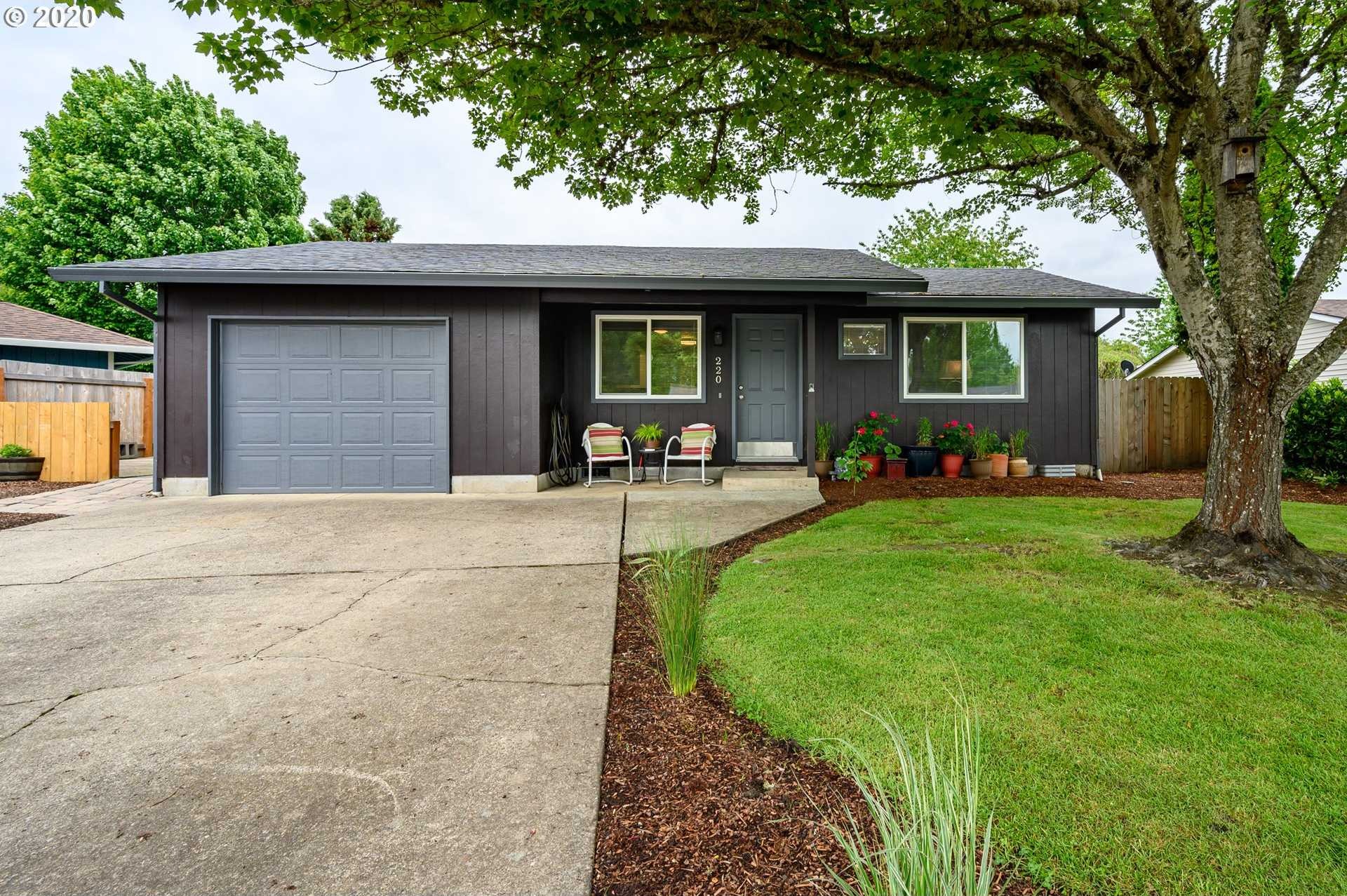 $320,000 - 3Br/2Ba - for Sale in Mcminnville